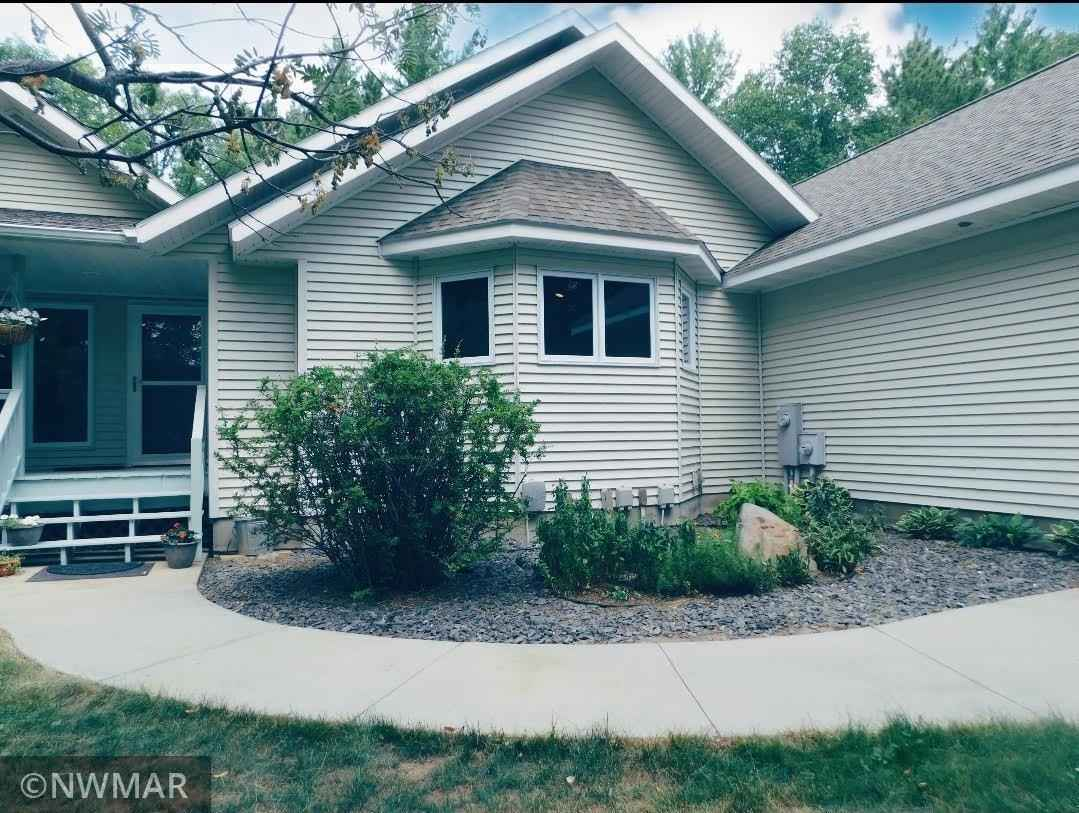 View 38 photos of this 4 bed, 3 bath, and 4,106 sqft. single_family home located at 7918 White Oak St NE, Bemidji, Minnesota 56601 is Active for $472,000.