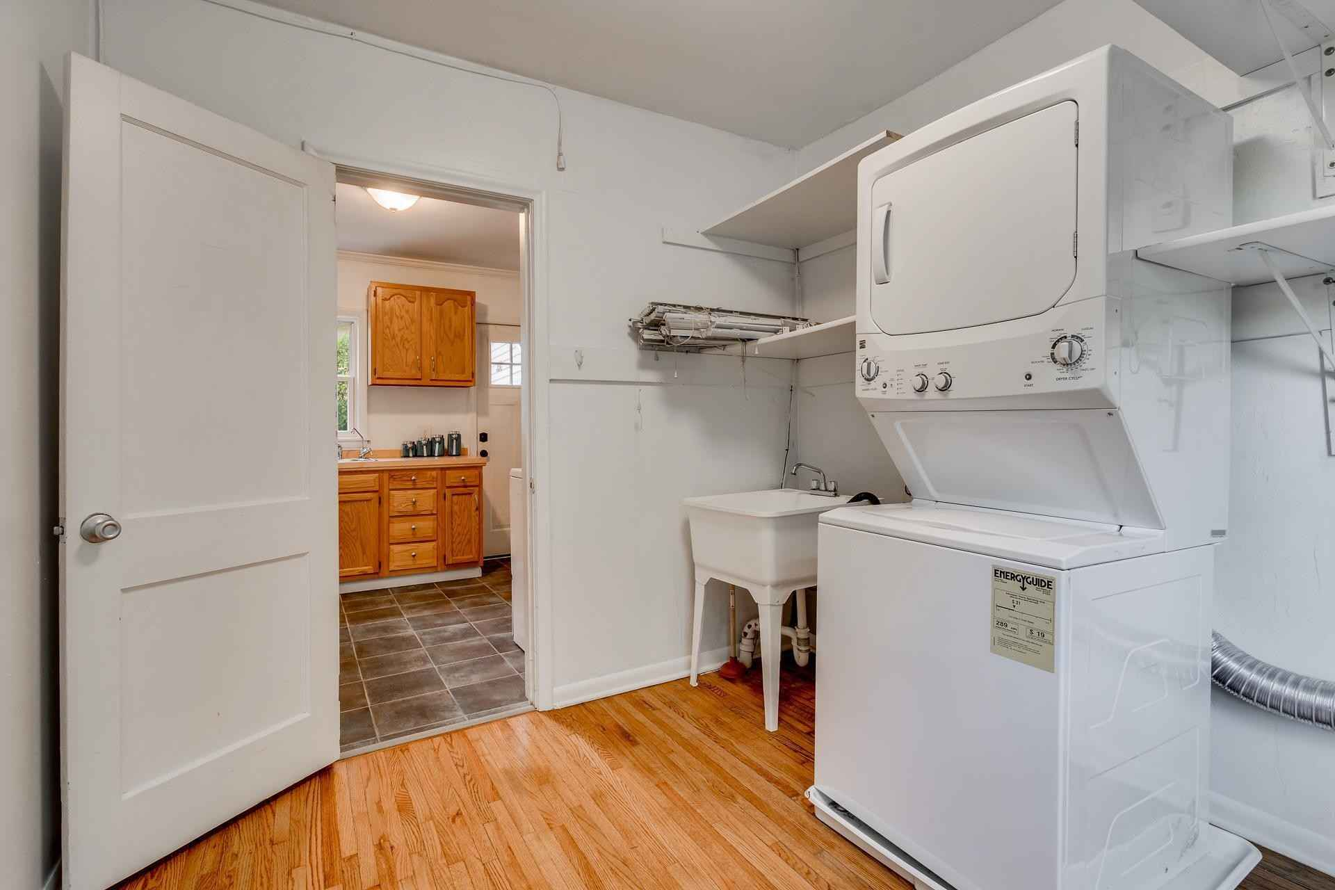 View 18 photos of this 2 bed, 1 bath, and 1,000 sqft. single_family home located at 350 Crestview Ave, Long Lake, Minnesota 55356 is Active for $299,900.