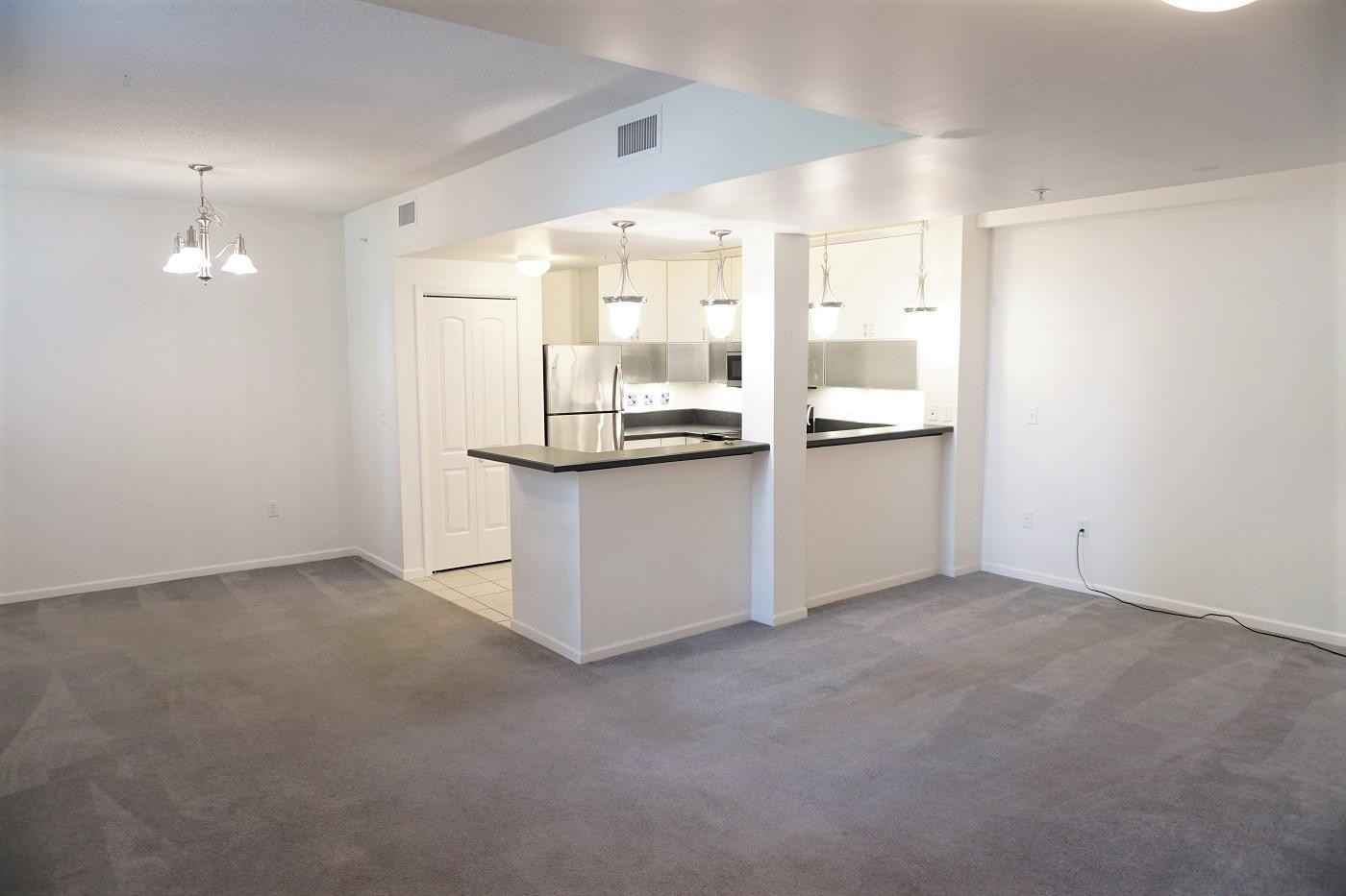 View 15 photos of this 1 bed, 2 bath, and 738 sqft. condo home located at 2040 Como Ave Unit 105, Saint Paul, Minnesota 55108 is Active for $149,900.