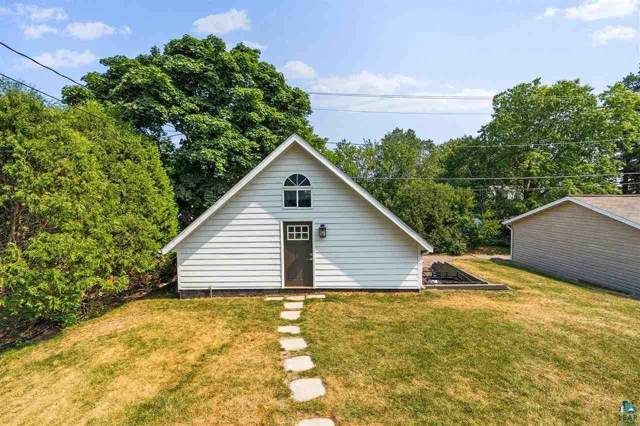 View 50 photos of this 4 bed, 2 bath, and 2,362 sqft. single_family home located at 2914 E Superior St, Duluth, Minnesota 55812 is Inspection cont (mn) for $399,900.