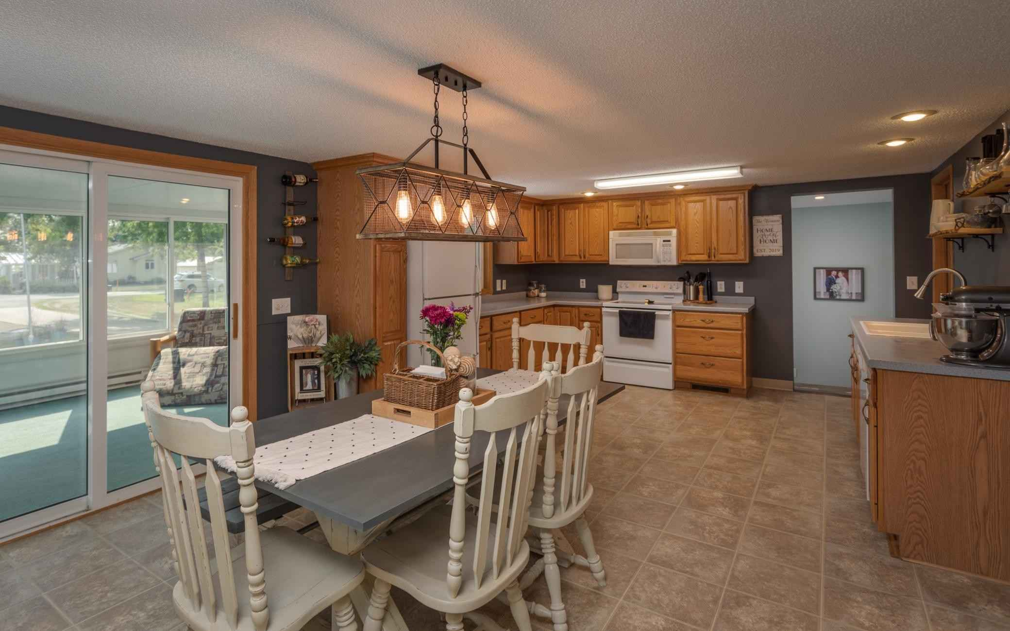 View 34 photos of this 3 bed, 2 bath, and 2,144 sqft. single_family home located at 1206 Van Dyke Rd NW, Alexandria, Minnesota 56308 is Active for $249,000.