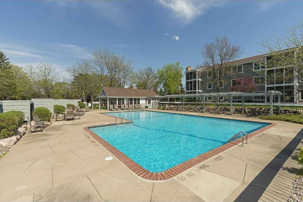 View 14 photos of this 2 bed, 2 bath, and 1,250 sqft. condo home located at 3020 Saint Albans Mill Rd Apt 113, Minnetonka, Minnesota 55305 is Active for $275,000.