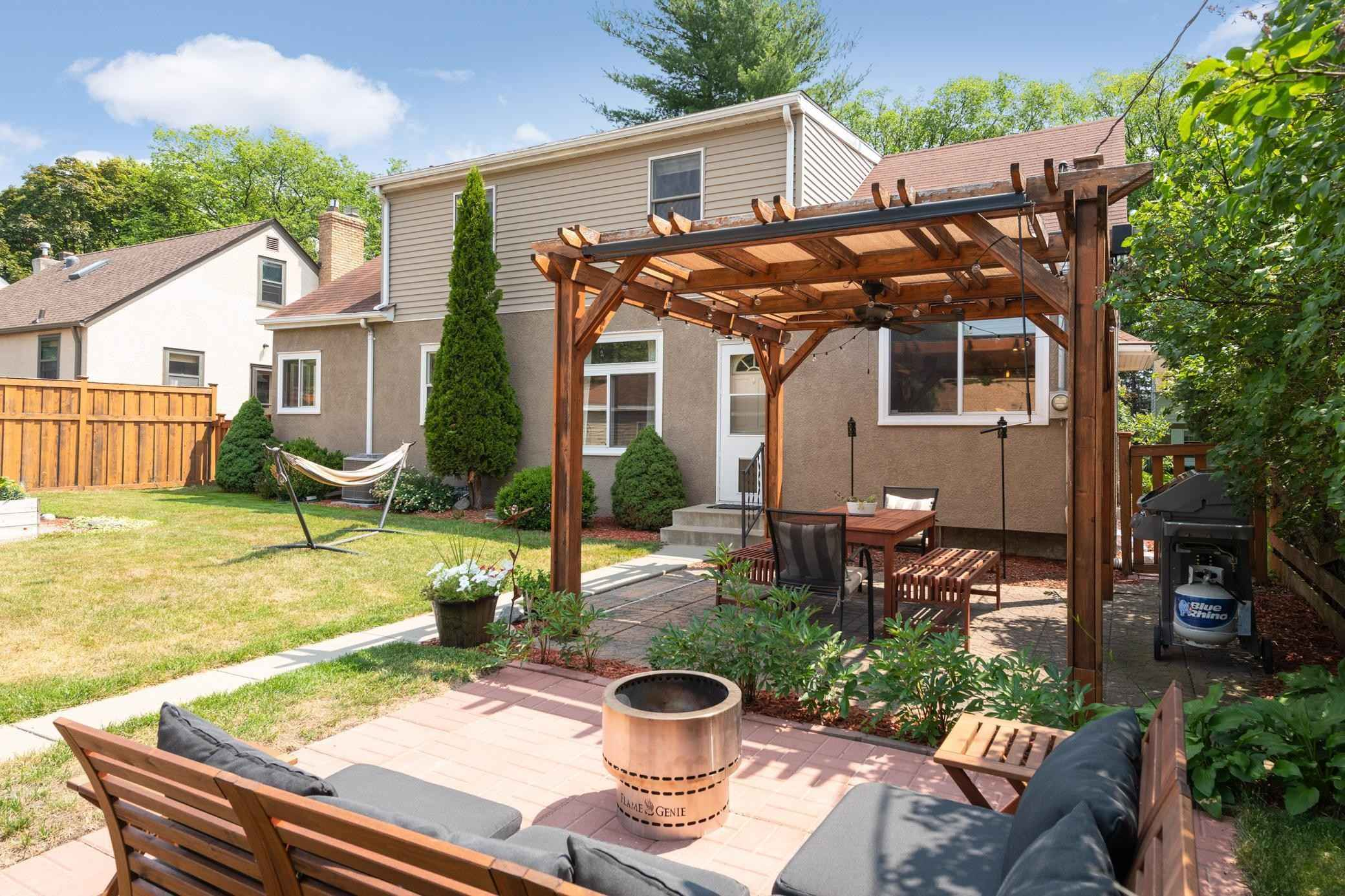View 40 photos of this 4 bed, 3 bath, and 2,685 sqft. single_family home located at 5936 Columbus Ave, Minneapolis, Minnesota 55417 is Active for $574,900.