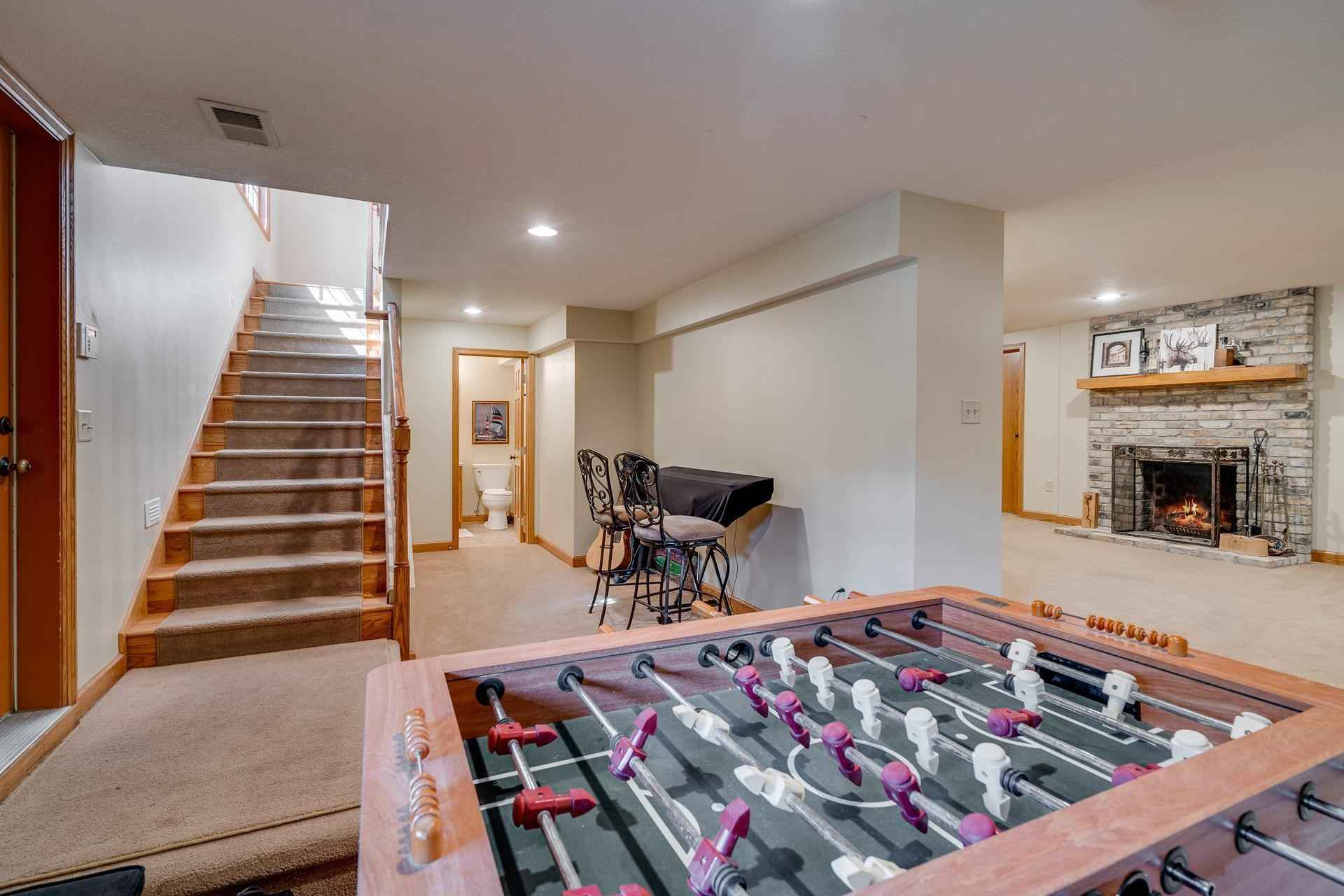 View 38 photos of this 4 bed, 4 bath, and 3,416 sqft. single_family home located at 6745 Newton Ave S, Richfield, Minnesota 55423 is Active for $620,000.
