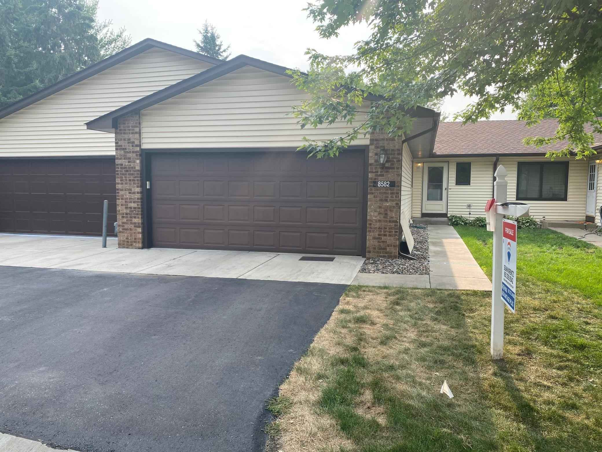 View 1 photos of this 4 bed, 2 bath, and 1,970 sqft. condo home located at 8582 134th St W, Apple Valley, Minnesota 55124 is Active for $259,000.
