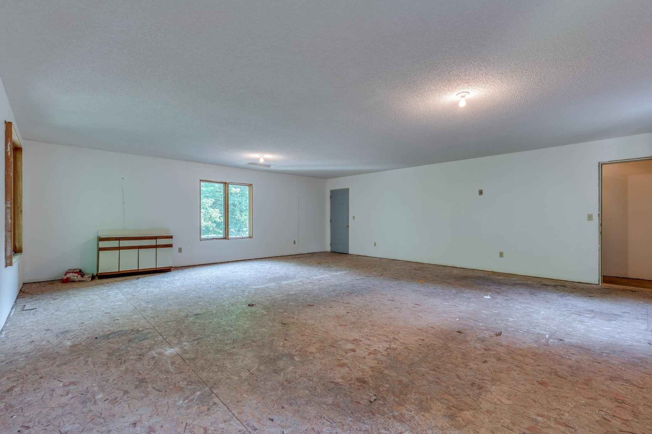 View 42 photos of this 3 bed, 2 bath, and 1,863 sqft. single_family home located at 26308 120th St NW, Zimmerman, Minnesota 55398 is Pending for $280,000.