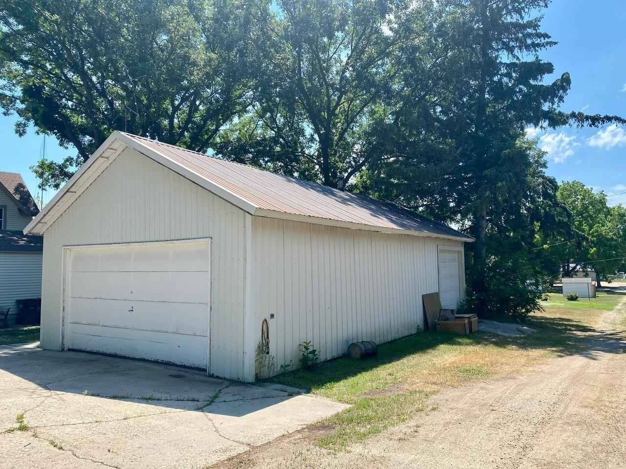 View 34 photos of this 3 bed, 2 bath, and 2,129 sqft. single_family home located at 309 3rd St, Danube, Minnesota 56230 is Active for $119,900.