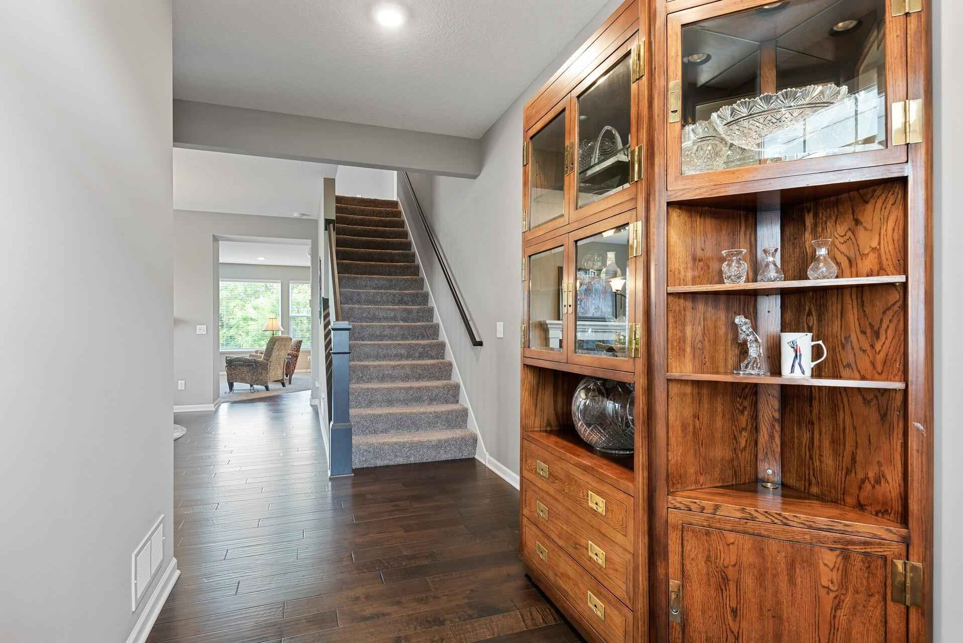 View 51 photos of this 5 bed, 4 bath, and 4,341 sqft. single_family home located at 16440 61st Ave N, Plymouth, Minnesota 55446 is Pending for $699,900.