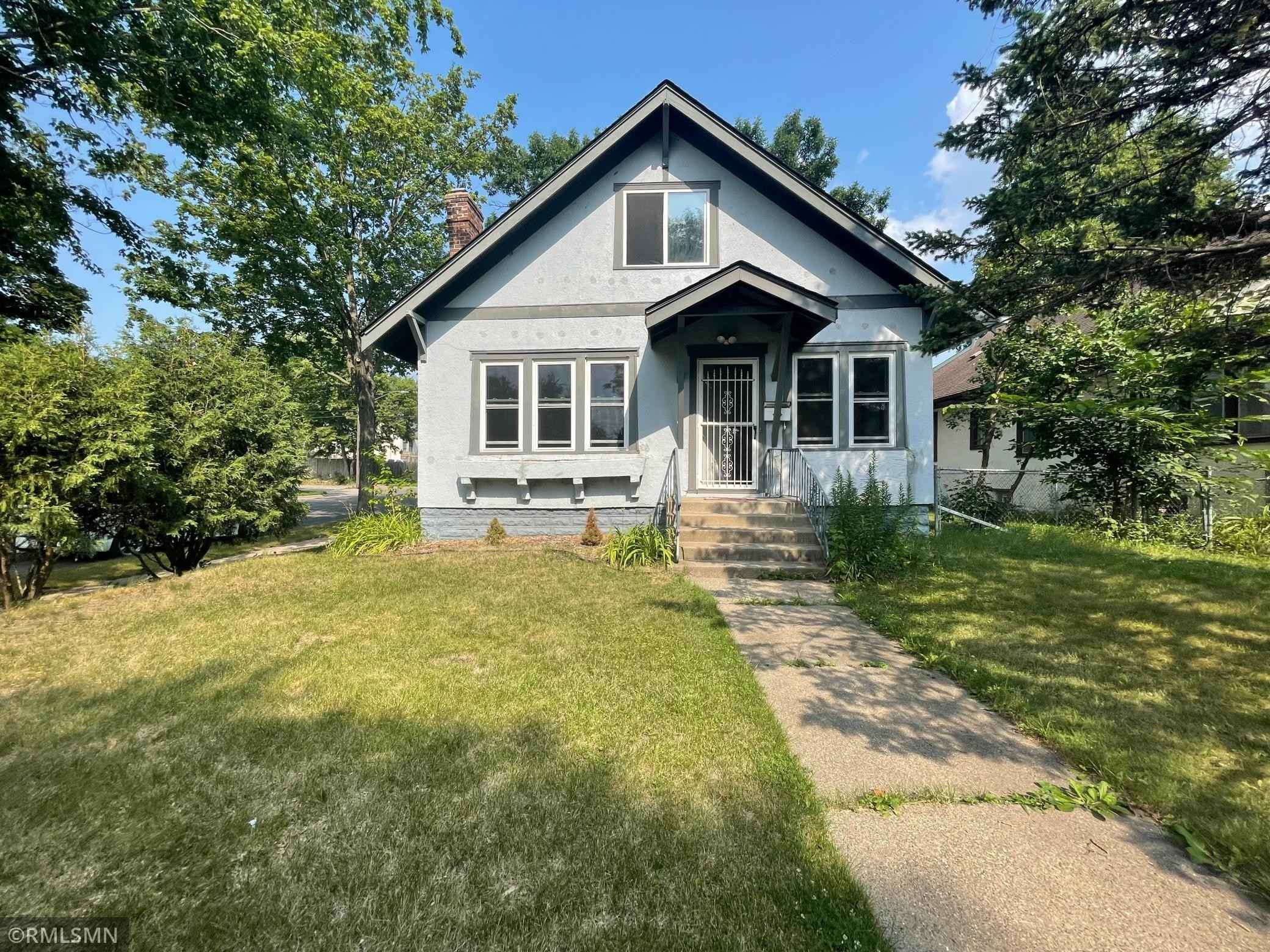 View 7 photos of this 3 bed, 2 bath, and 1,838 sqft. single_family home located at 3350 Girard Ave N, Minneapolis, Minnesota 55412 is Active for $224,000.