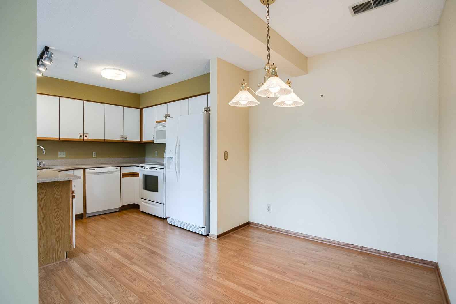 View 28 photos of this 2 bed, 2 bath, and 1,080 sqft. condo home located at 6375 Saint Croix Trl N Apt 147, Stillwater, Minnesota 55082 is Pending for $285,000.