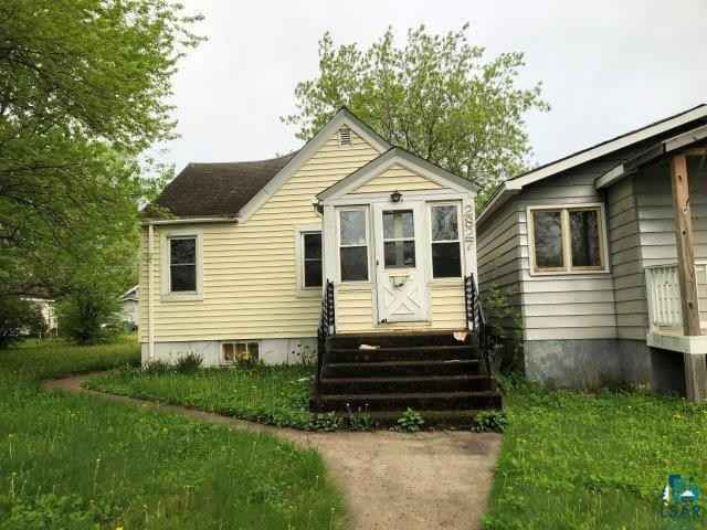 View 3 photos of this 2 bed, 2 bath, and 792 sqft. single_family home located at 2827 4th Ave E, Hibbing, Minnesota 55746 is ACTIVE for $79,900.