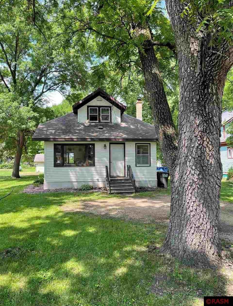 View 23 photos of this 3 bed, 1 bath, and 1,832 sqft. single_family home located at 220 2nd Ave, Pemberton, Minnesota 56078 is Active for $75,000.