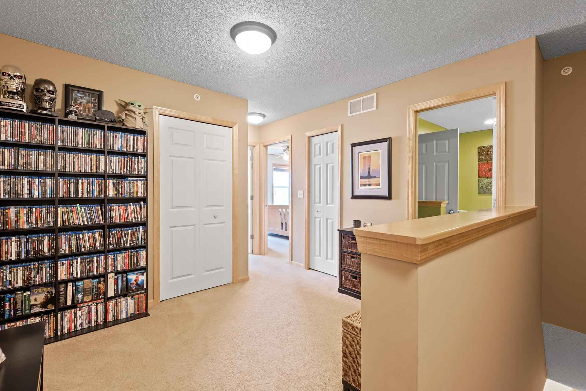 View 36 photos of this 2 bed, 2 bath, and 1,316 sqft. condo home located at 7515 Parkridge Way, Savage, Minnesota 55378 is Pending for $259,000.