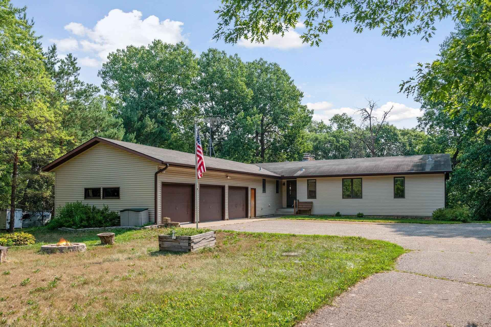View 52 photos of this 3 bed, 3 bath, and 2,701 sqft. single_family home located at 18722 Eaglewood Rd, Clearwater, Minnesota 55320 is Active for $495,000.