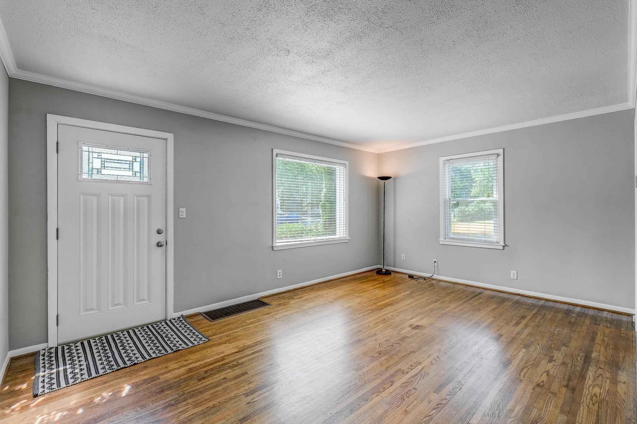 View 8 photos of this 2 bed, 1 bath, and 1,208 sqft. single_family home located at 3324 Texas Ave S, Saint Louis Park, Minnesota 55426 is Pending for $275,000.