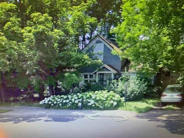 View 10 photos of this 1 bed, 2 bath, and 1,668 sqft. single_family home located at 264 Wayzata Blvd E, Wayzata, Minnesota 55391 is Active for $389,000.
