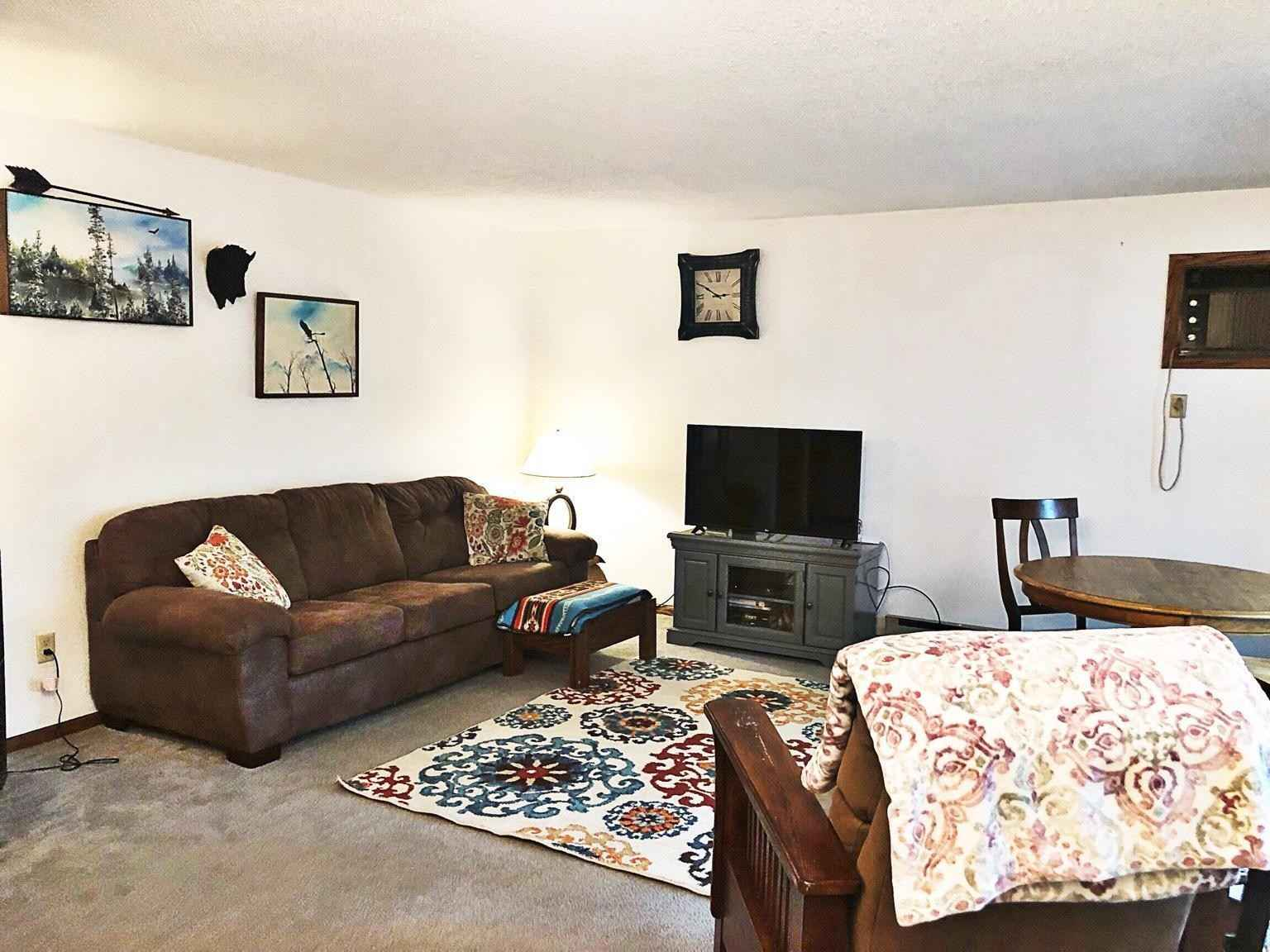 View 16 photos of this 2 bed, 2 bath, and 1,080 sqft. condo home located at 620 N Swain St, Redwood Falls, Minnesota 56283 is Pending for $75,000.