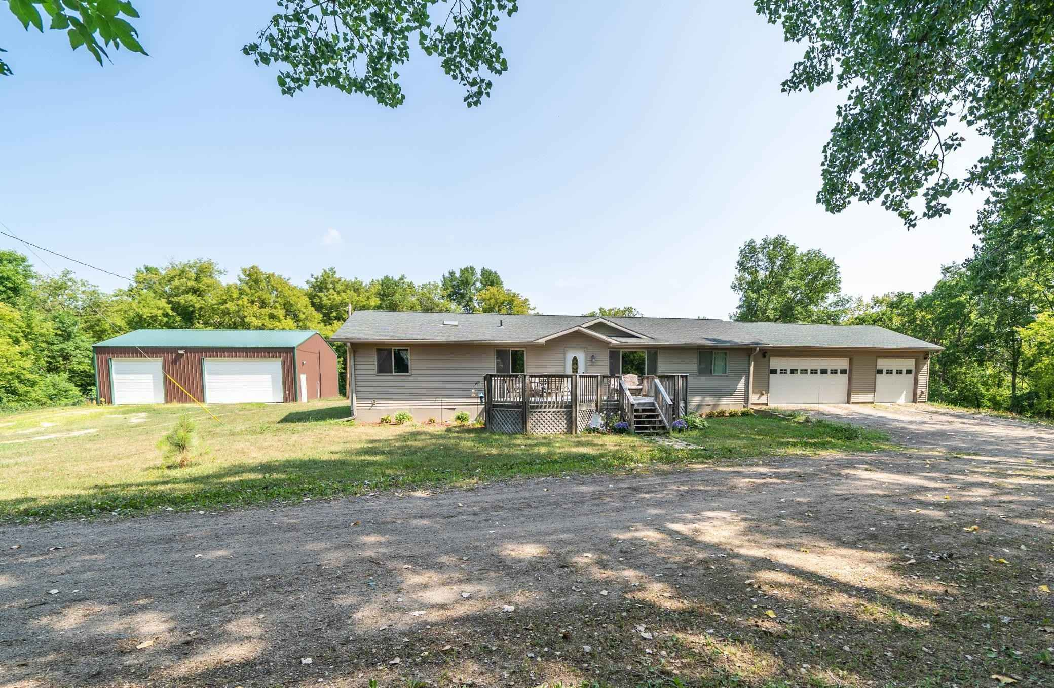 View 25 photos of this 3 bed, 2 bath, and 1,680 sqft. mobile home located at 3641 120th St NE, Kandiyohi, Minnesota 56251 is Active for $290,000.