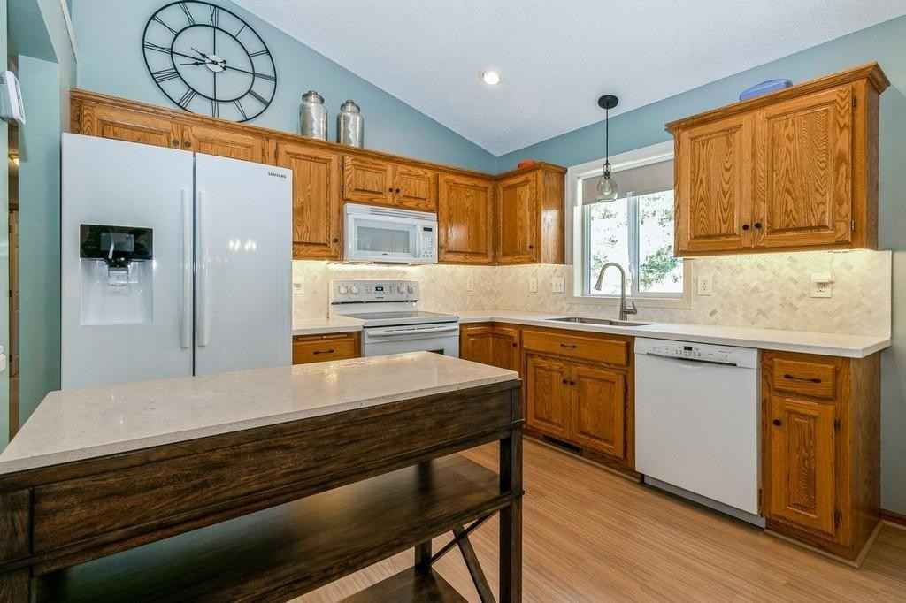View 19 photos of this 5 bed, 2 bath, and 2,081 sqft. single_family home located at 18970 Boston St NW, Elk River, Minnesota 55330 is Pending for $314,900.