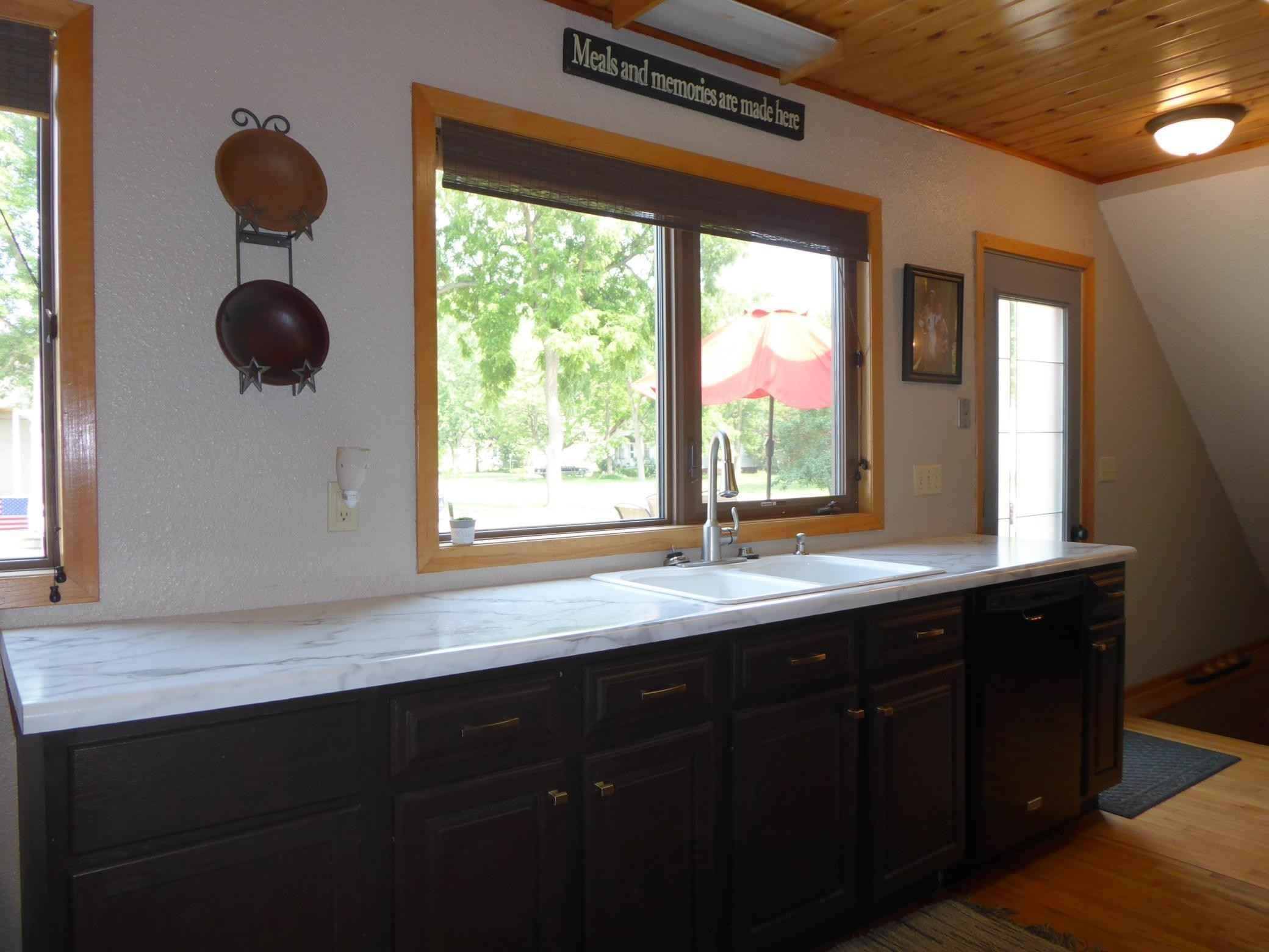 View 34 photos of this 4 bed, 2 bath, and 2,244 sqft. single_family home located at 902 13th St, Windom, Minnesota 56101 is Active for $179,900.