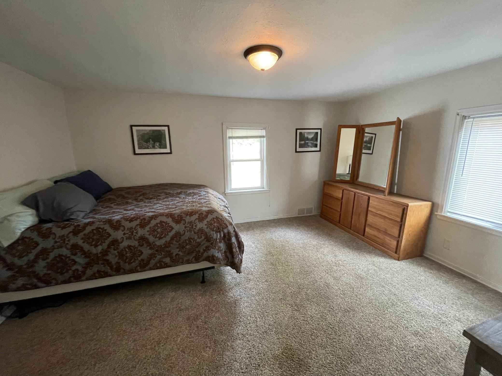 View 18 photos of this 3 bed, 2 bath, and 2,704 sqft. single_family home located at 12 Oak St N, Lester Prairie, Minnesota 55354 is Active for $274,900.