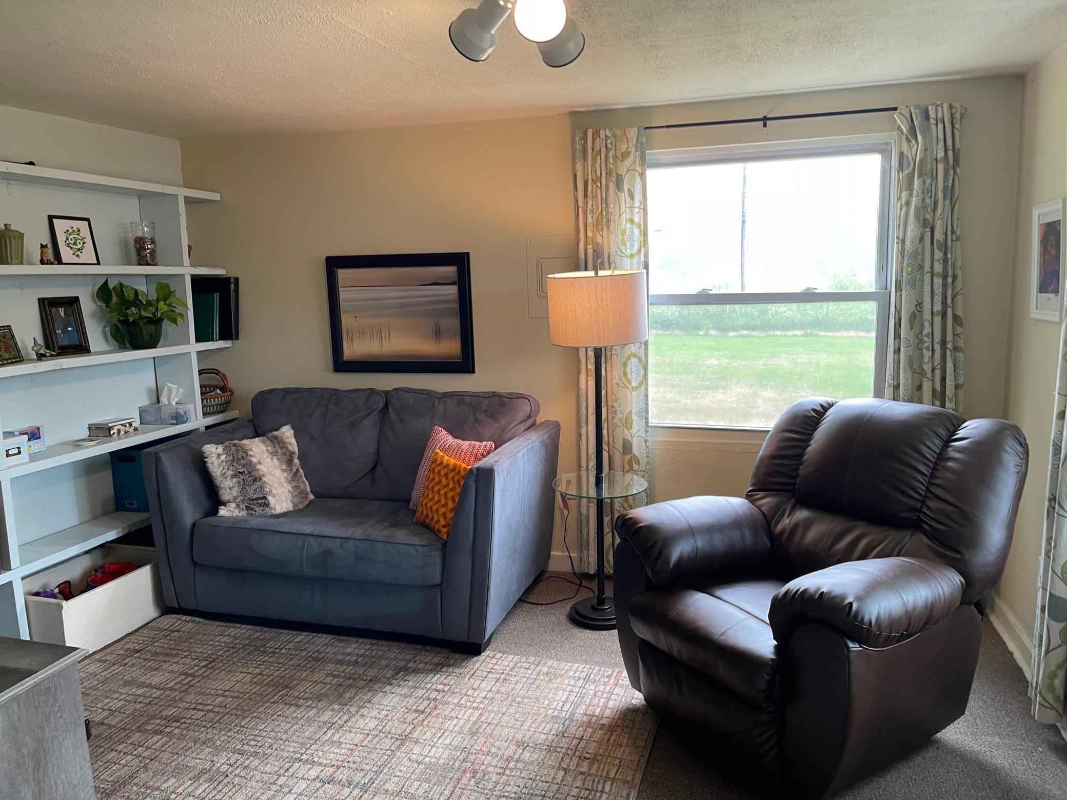 View 14 photos of this 1 bed, 1 bath, and 530 sqft. single_family home located at 3996 Main St, Kettle River, Minnesota 55757 is Pending for $55,000.