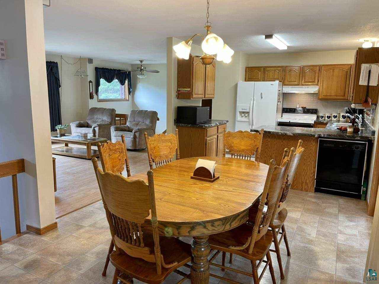 View 44 photos of this 3 bed, 3 bath, and 2,432 sqft. single_family home located at 106 Wilhelmina Dr, Carlton, Minnesota 55718 is ACTIVE for $290,000.