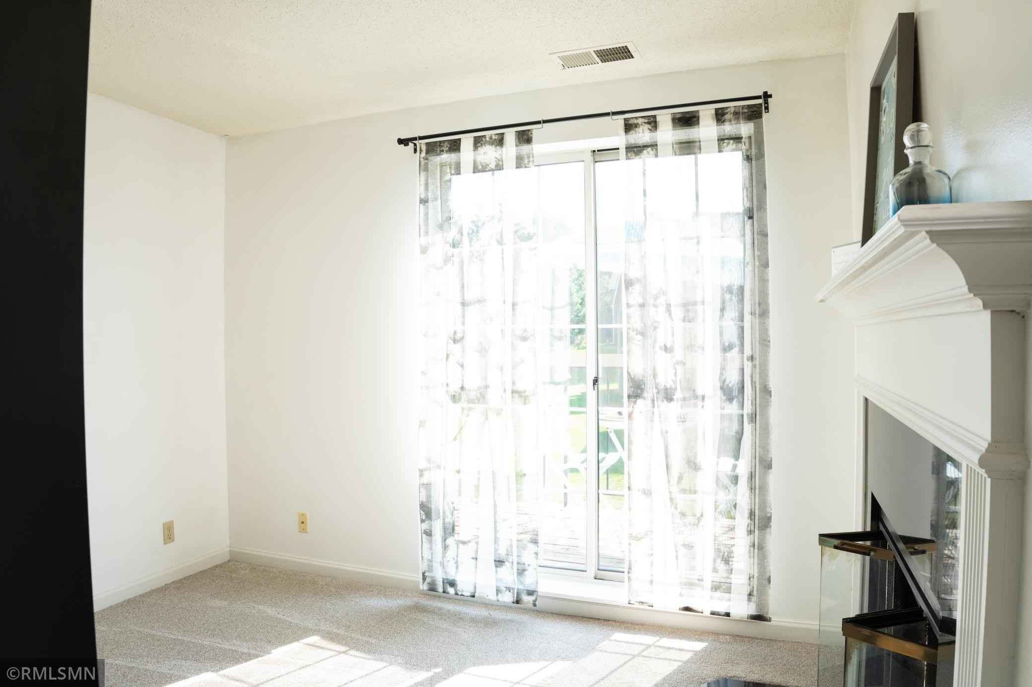 View 24 photos of this 1 bed, 1 bath, and 1,023 sqft. condo home located at 6010 Chasewood Pkwy Apt 206, Minnetonka, Minnesota 55343 is Active for $220,000.