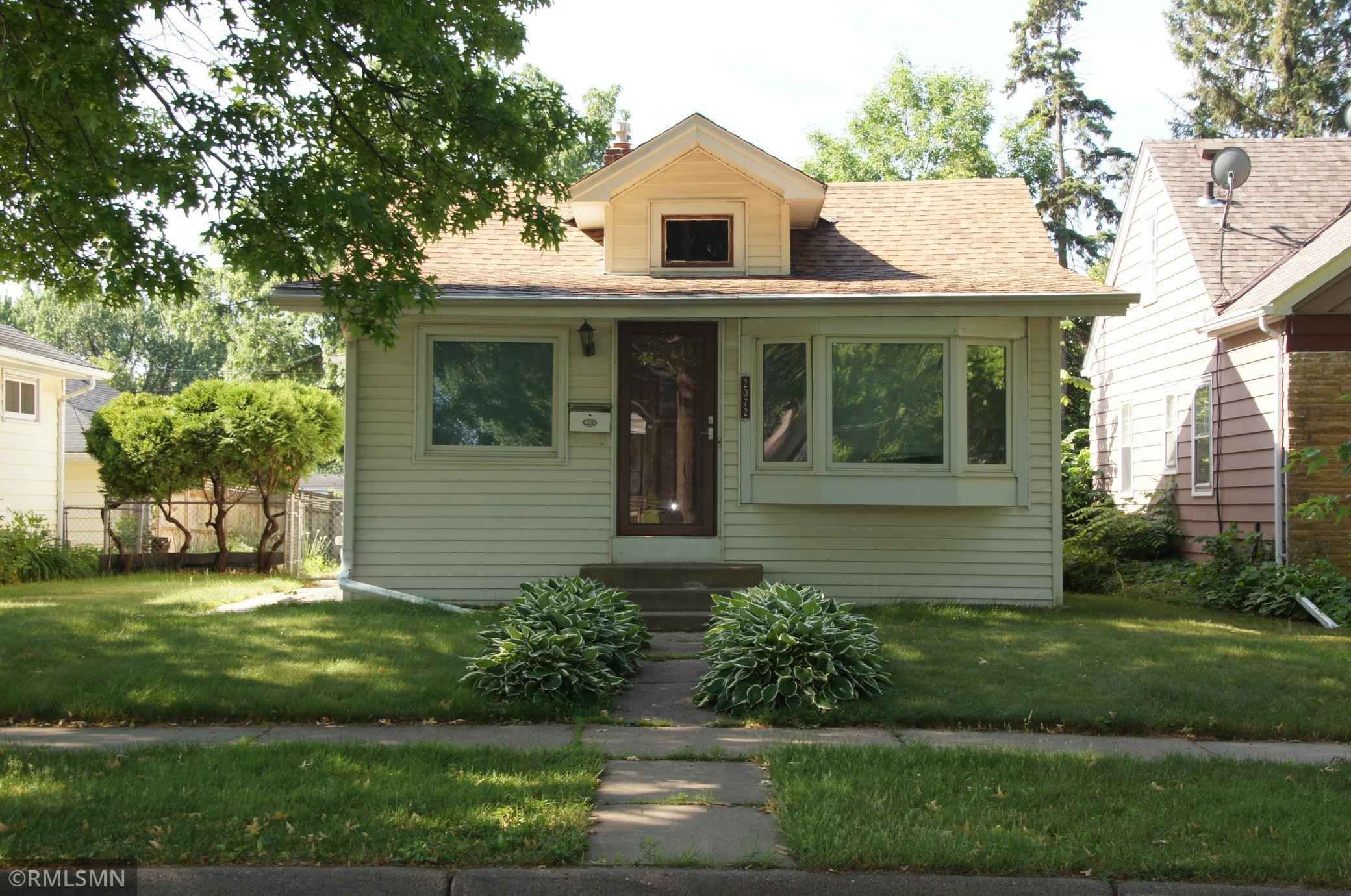 View 23 photos of this 3 bed, 2 bath, and 1,002 sqft. single_family home located at 2072 4th St E, Saint Paul, Minnesota 55119 is Active for $225,000.
