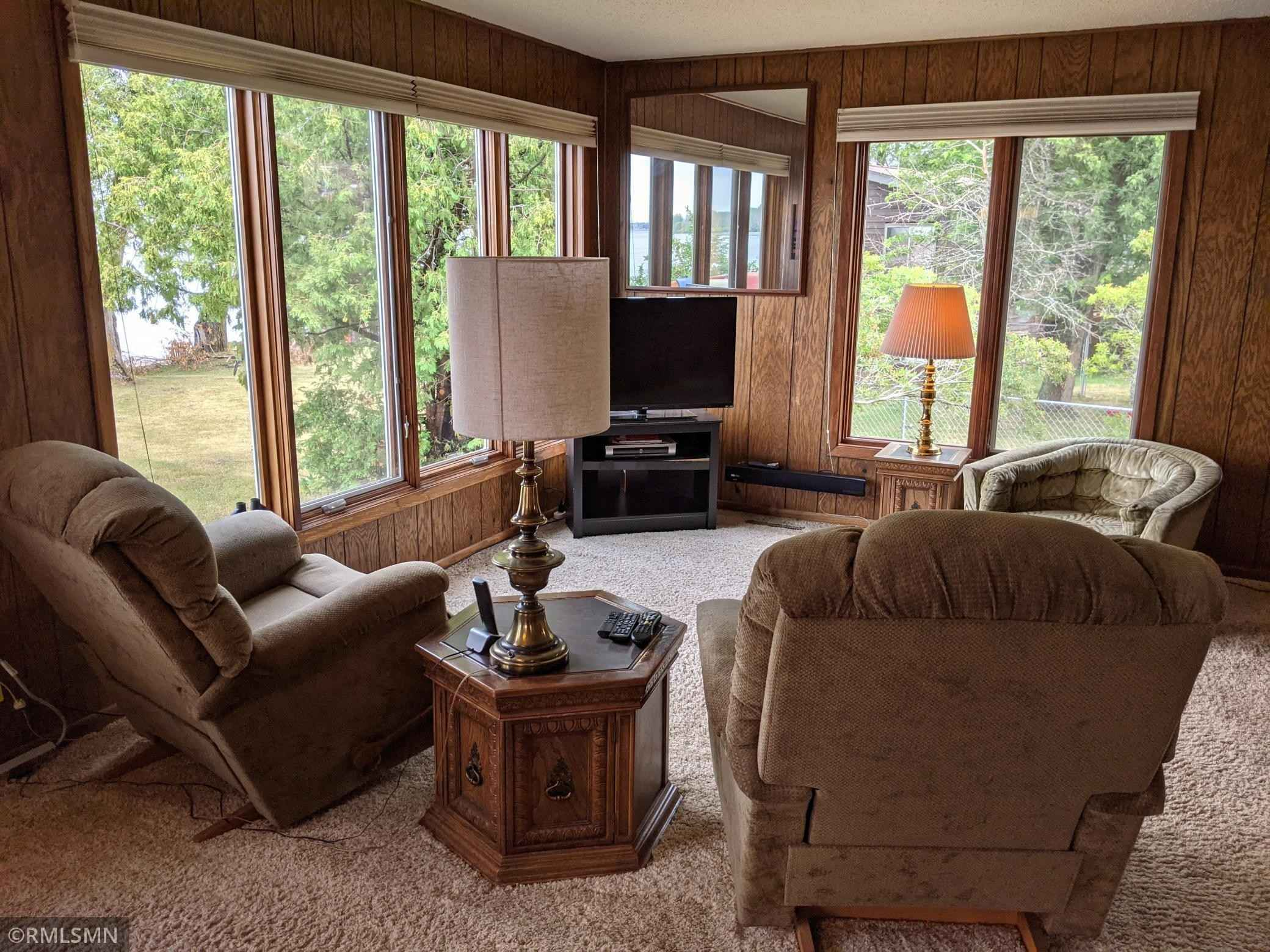 View 22 photos of this 3 bed, 2 bath, and 1,228 sqft. single_family home located at 3655 Town Road 420, International Falls, Minnesota 56649 is Pending for $322,000.