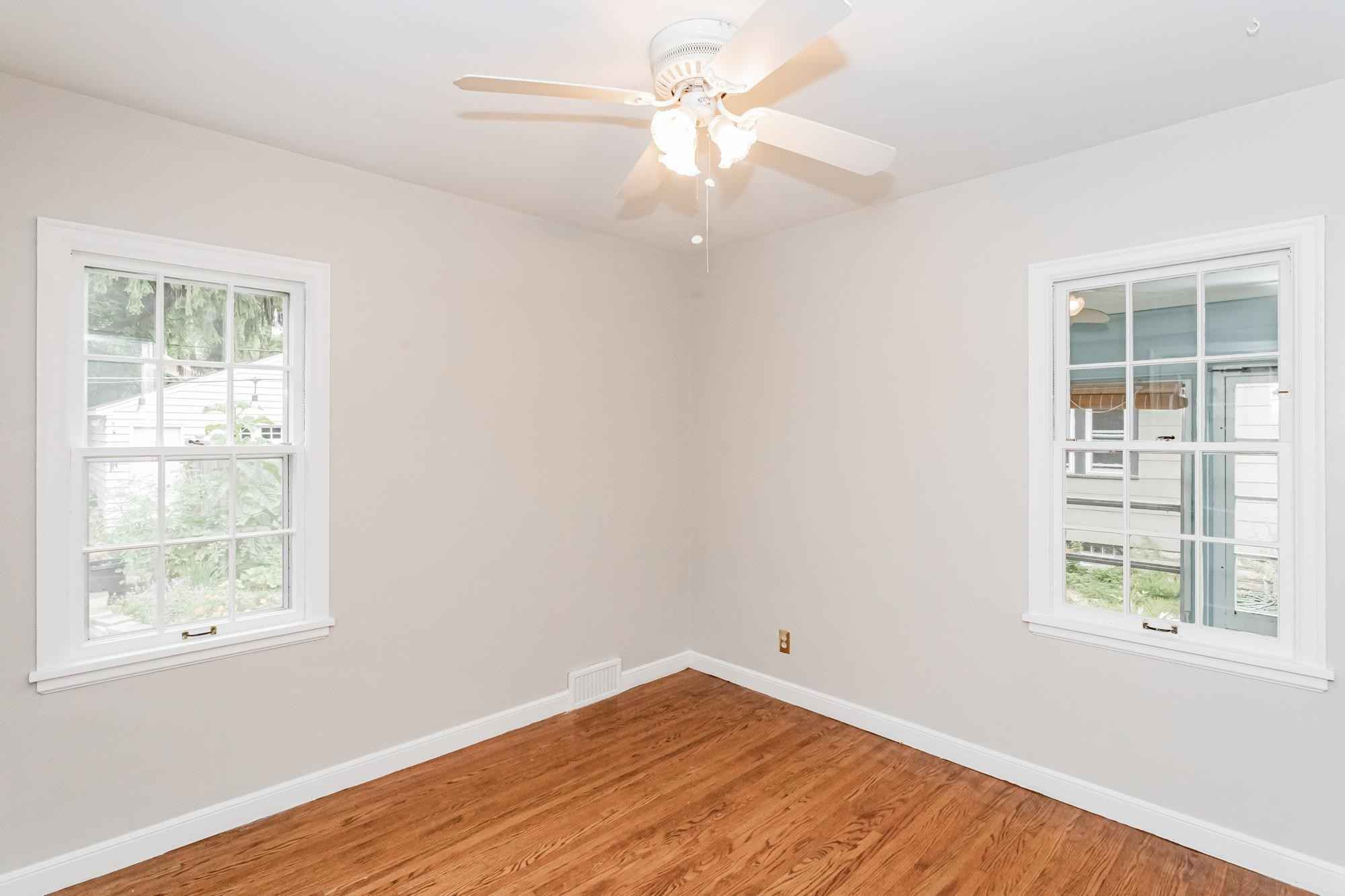 View 46 photos of this 3 bed, 2 bath, and 1,799 sqft. single_family home located at 4924 37th Ave S, Minneapolis, Minnesota 55417 is Pending for $375,000.