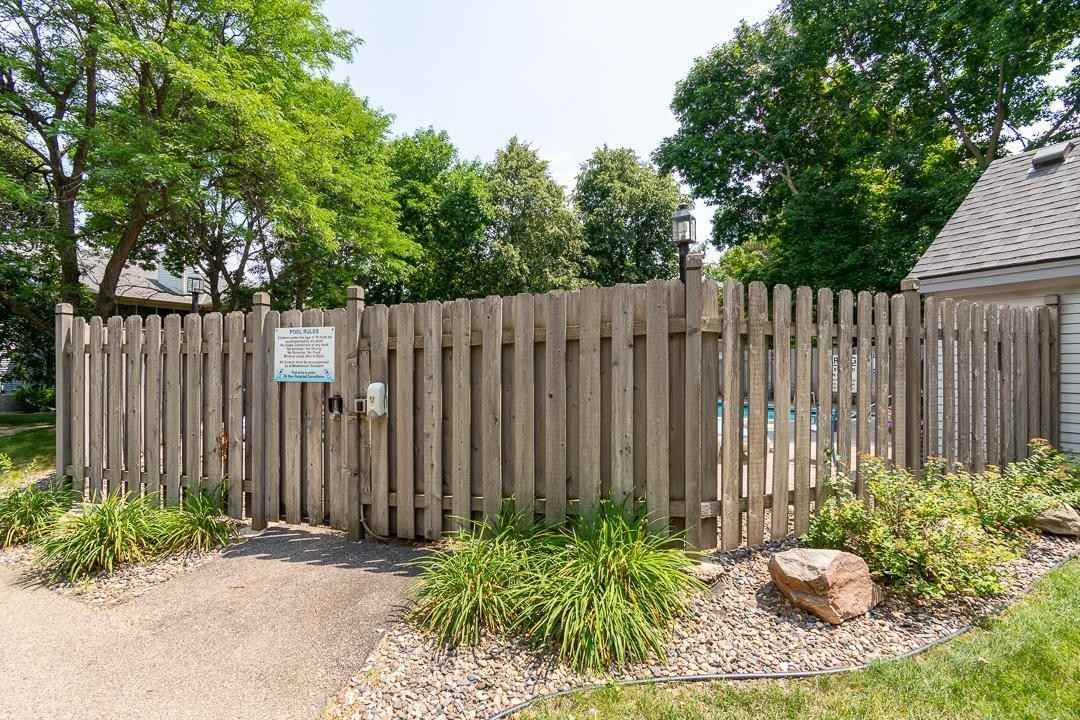 View 23 photos of this 2 bed, 2 bath, and 1,344 sqft. condo home located at 10939 Sumter Ave S, Minneapolis, Minnesota 55438 is Active for $250,000.