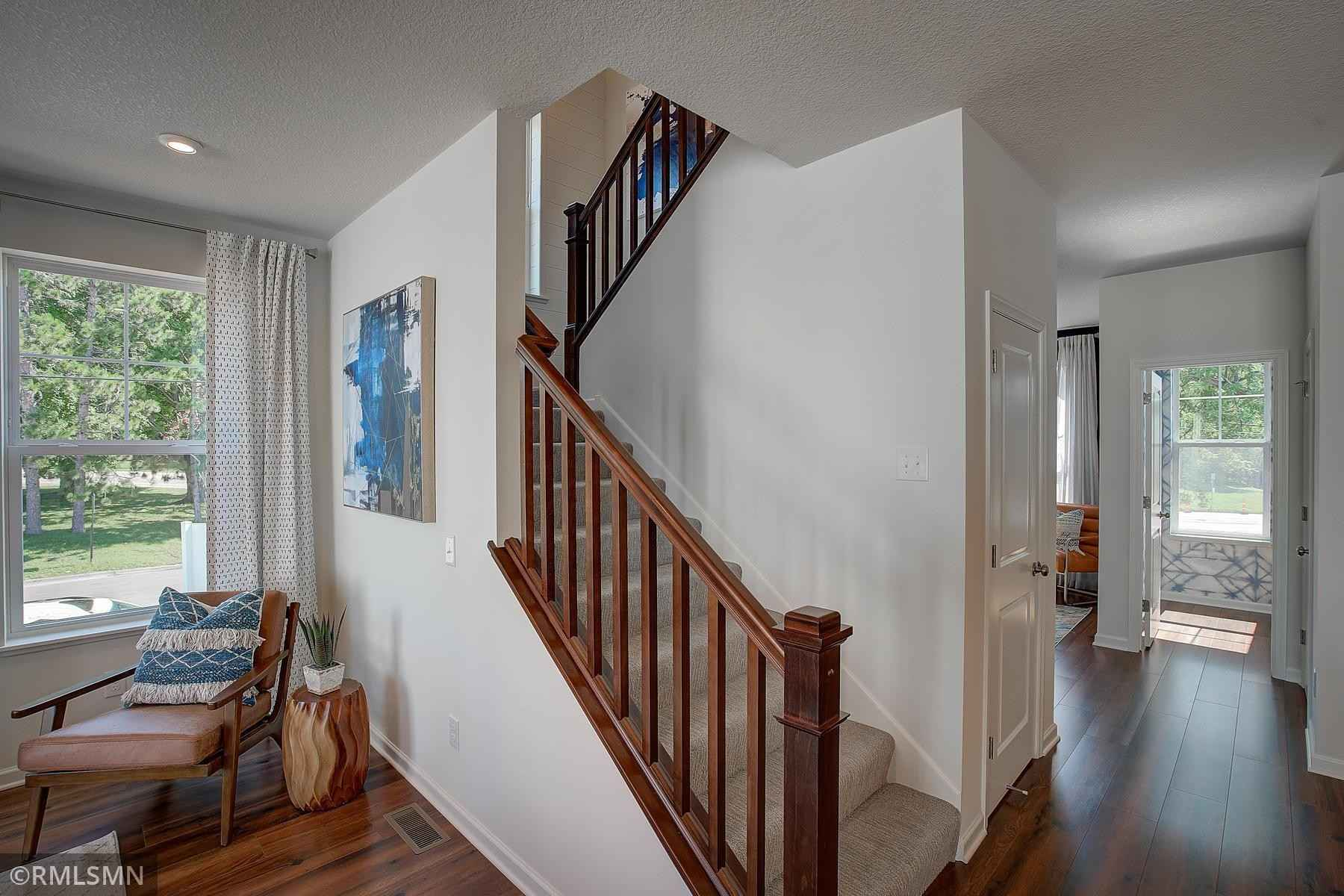 View 35 photos of this 3 bed, 3 bath, and 2,336 sqft. condo home located at 2326 Gateway Curv N, North Saint Paul, Minnesota 55109 is Active for $426,925.