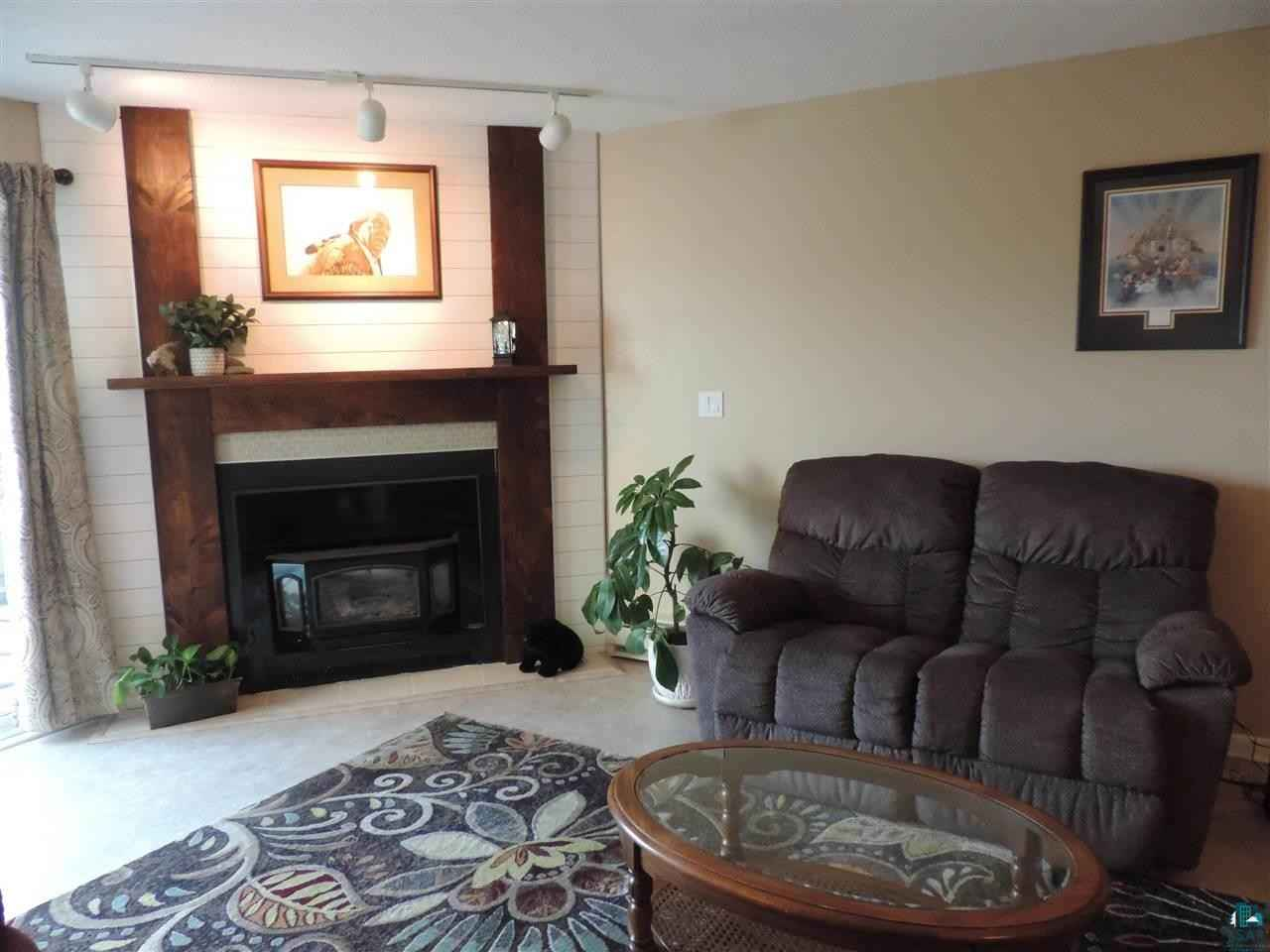 View 17 photos of this 2 bed, 2 bath, and 1,144 sqft. condo home located at 202 E 7th St Apt A, Duluth, Minnesota 55805 is ACTIVE for $197,500.