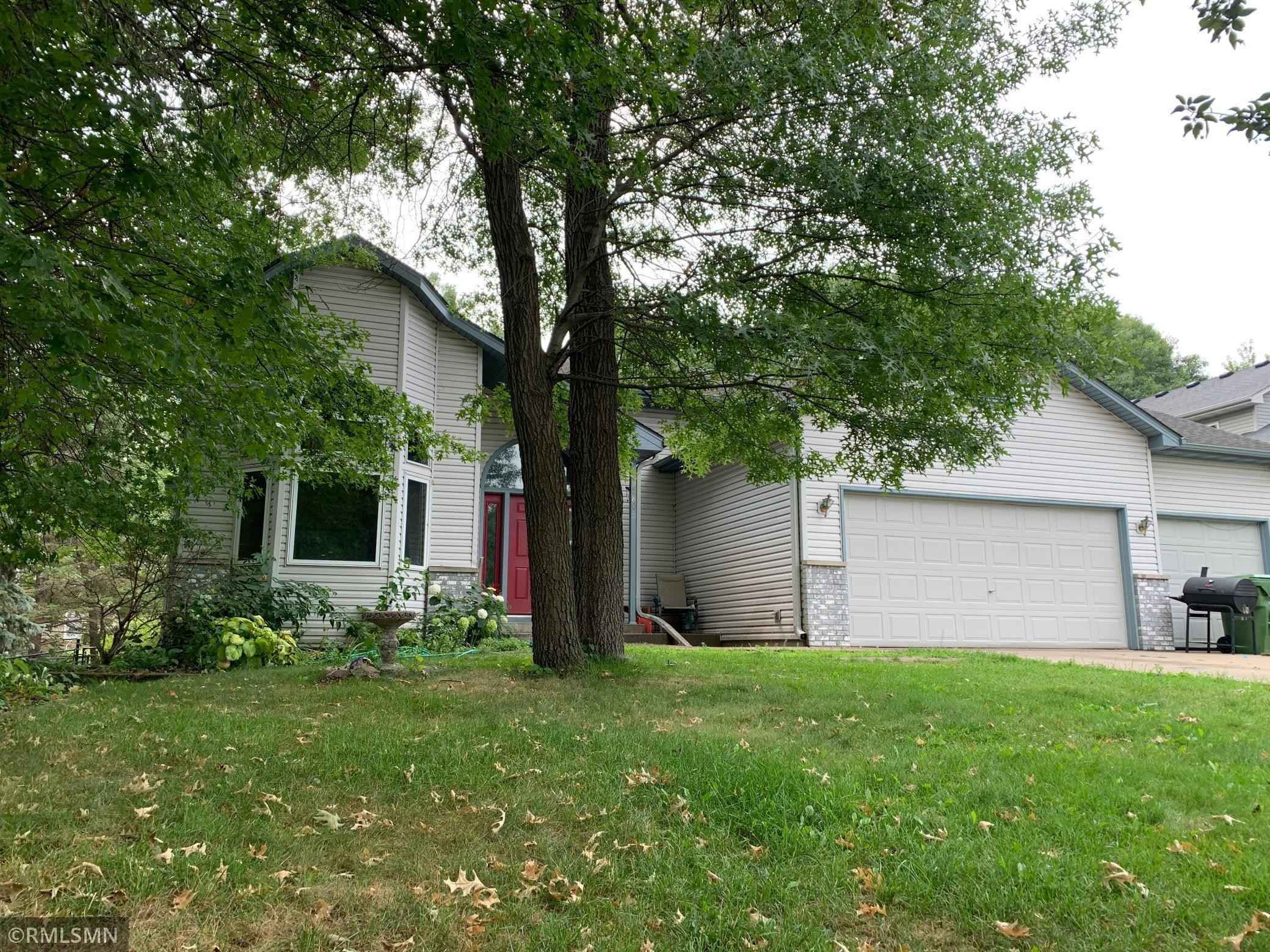 View 1 photos of this 3 bed, 2 bath, and 2,389 sqft. single_family home located at 2280 130th Ln NW, Coon Rapids, Minnesota 55448 is Pending for $275,000.