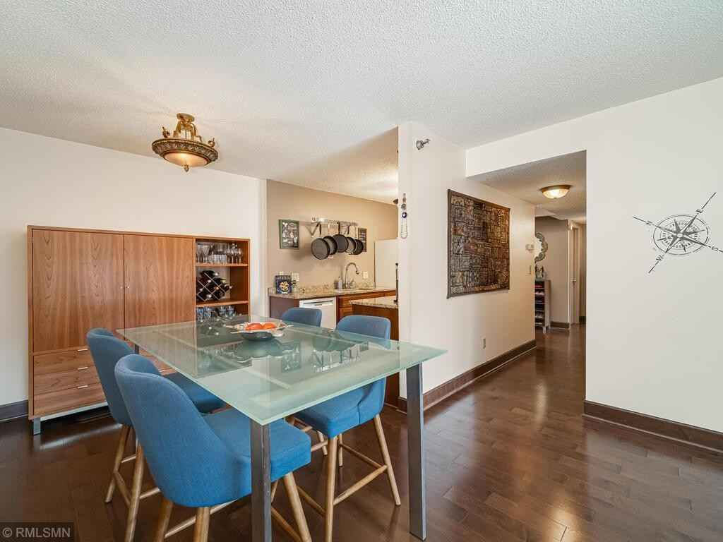 View 24 photos of this 2 bed, 2 bath, and 1,157 sqft. condo home located at 121 Washington Ave S Apt 304, Minneapolis, Minnesota 55401 is Active for $289,900.
