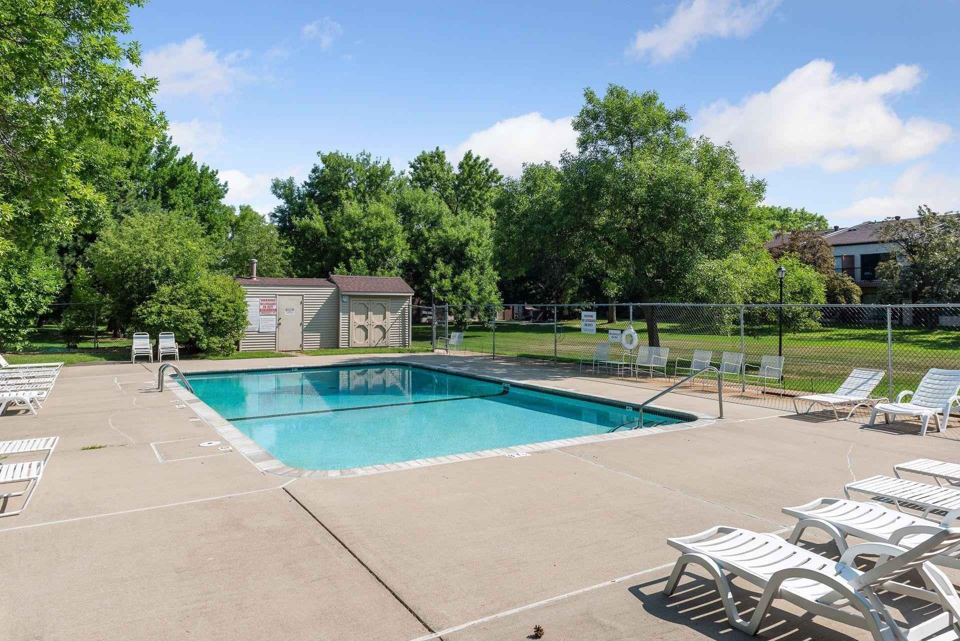 View 24 photos of this 2 bed, 2 bath, and 975 sqft. condo home located at 7350 York Ave S Apt 109, Edina, Minnesota 55435 is Active for $165,000.