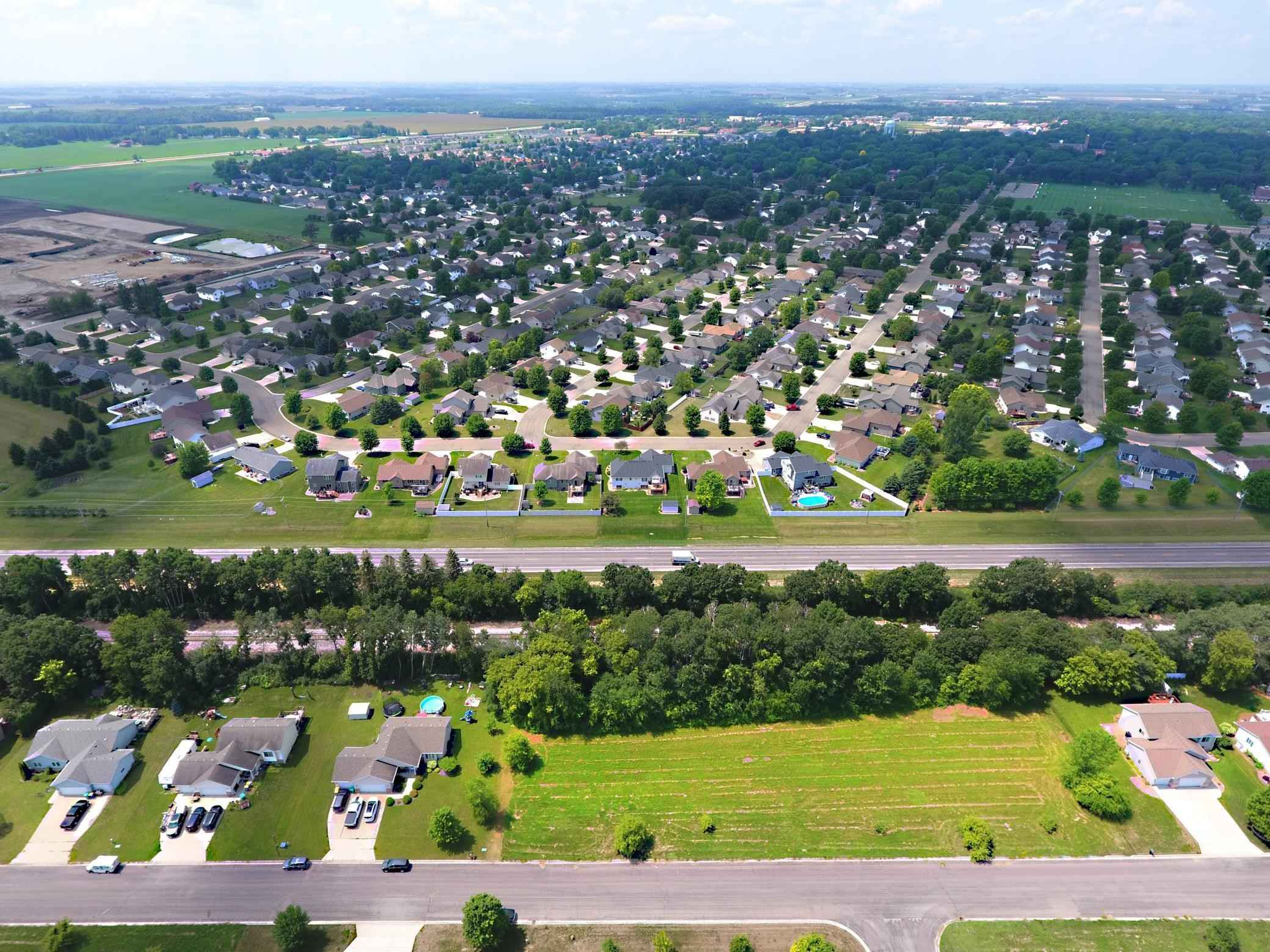 View 3 photos of this _0 bed, _0 bath, and  sqft. land home located at 1280 Greenleaf Rd SE, Owatonna, Minnesota 55060 is Active for $26,950.