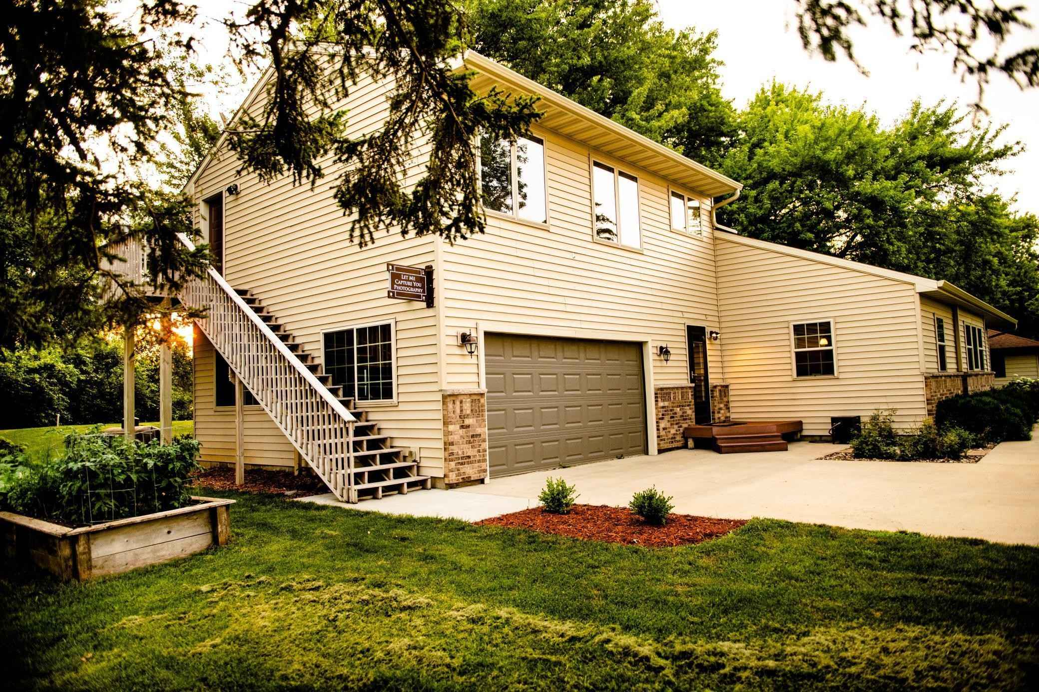 View 76 photos of this 4 bed, 4 bath, and 2,766 sqft. single_family home located at 26355 US Highway 218, Austin, Minnesota 55912 is Pending for $289,000.