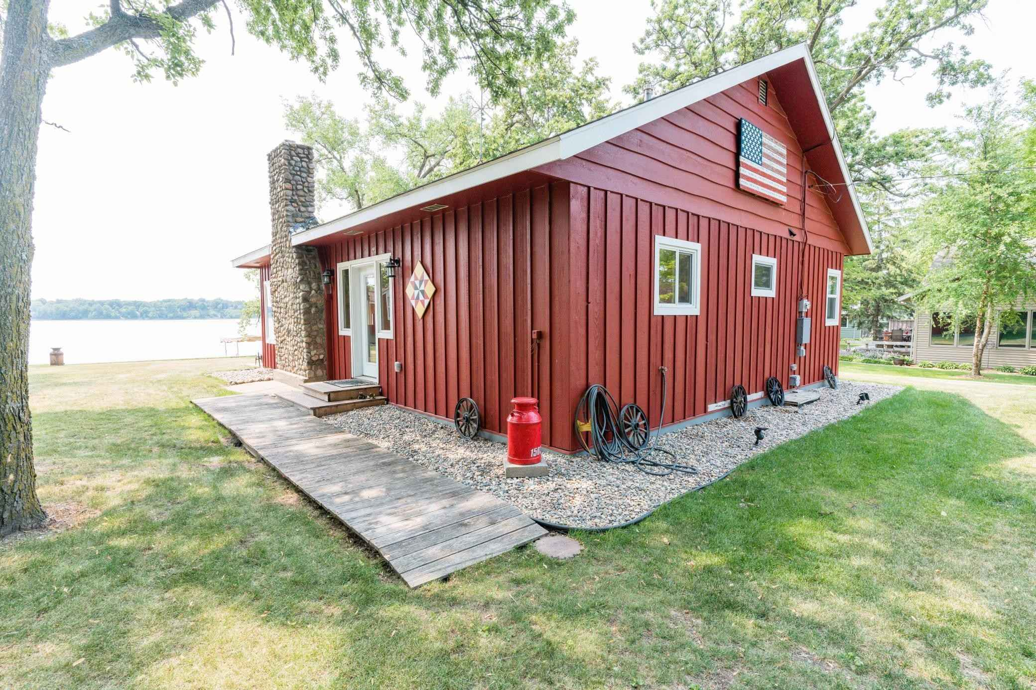 View 48 photos of this 2 bed, 1 bath, and 1,140 sqft. single_family home located at 15039 Lower Sandy Rd, Ashby, Minnesota 56309 is Pending for $380,000.