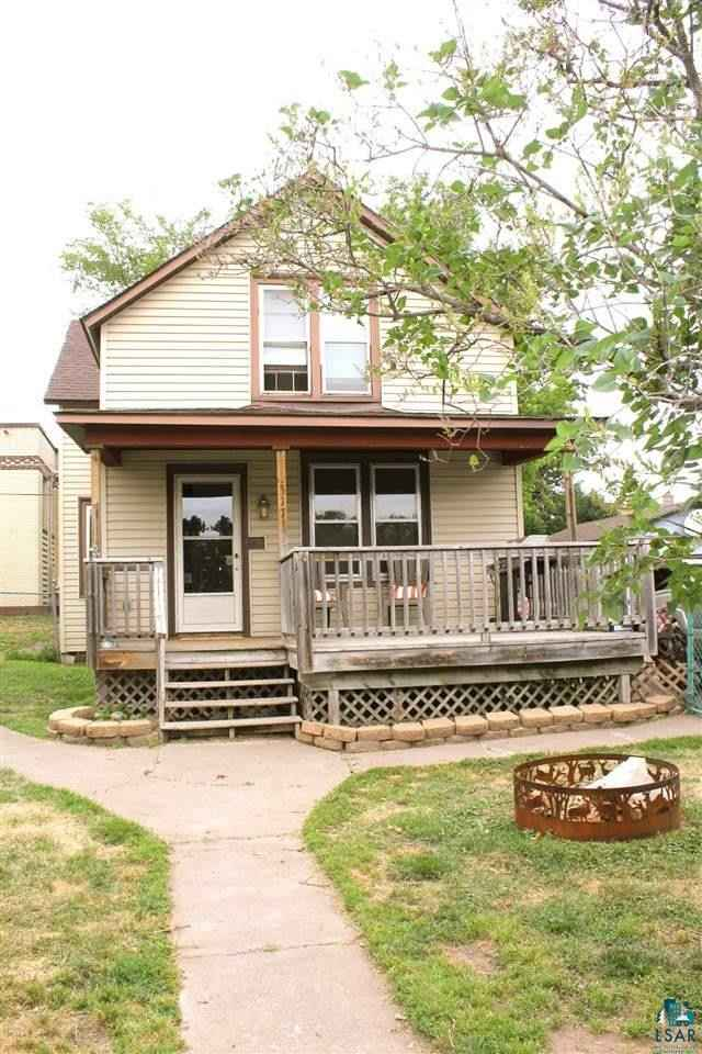 View 16 photos of this 3 bed, 2 bath, and 1,630 sqft. single_family home located at 317 North Ave, Carlton, Minnesota 55718 is ACTIVE for $94,900.