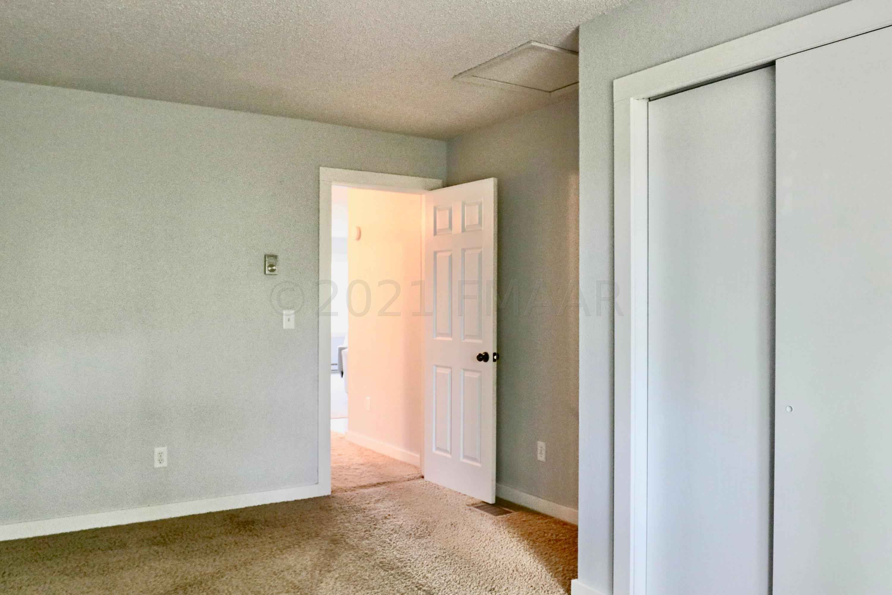 View 25 photos of this 2 bed, 2 bath, and 2,008 sqft. single_family home located at 512 Bowling Ave, Detroit Lakes, Minnesota 56501 is Active for $146,500.