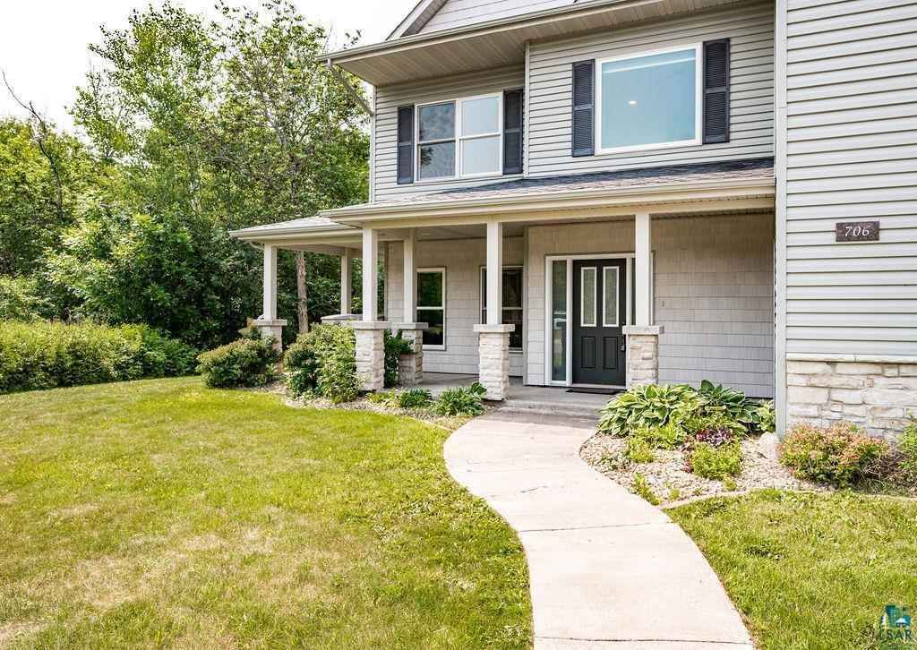 View 48 photos of this 5 bed, 4 bath, and 3,156 sqft. single_family home located at 706 Creekside Cir, Duluth, Minnesota 55811 is ACTIVE for $450,000.