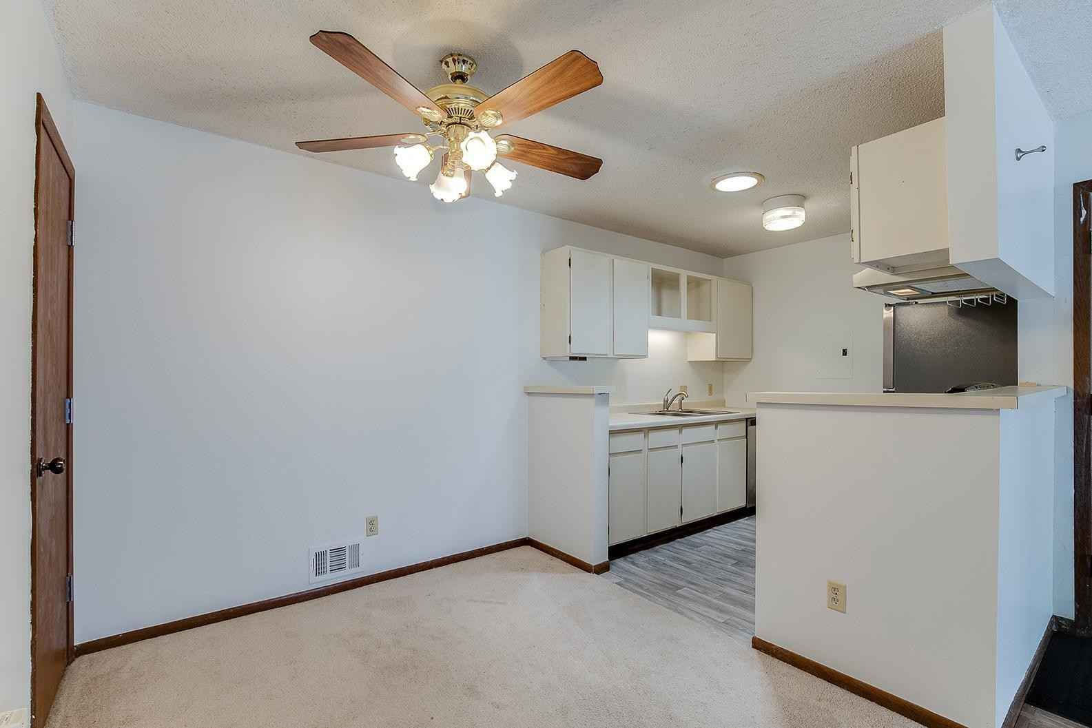 View 12 photos of this 1 bed, 1 bath, and 675 sqft. condo home located at 1713 Fulham St Apt A, Lauderdale, Minnesota 55113 is Active for $145,000.