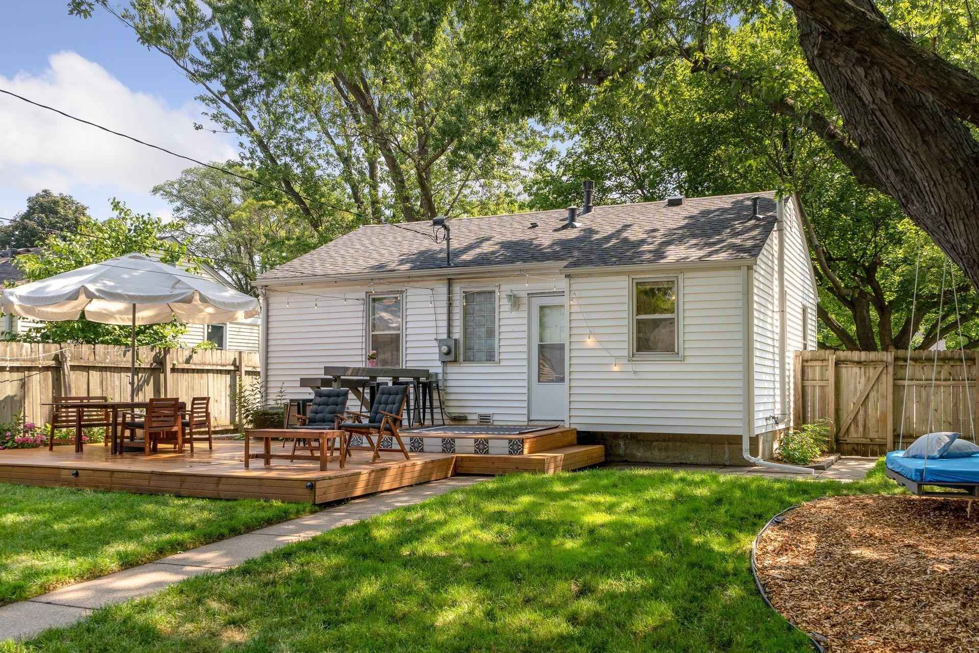 View 69 photos of this 3 bed, 1 bath, and 1,355 sqft. single_family home located at 6744 Vincent Ave S, Richfield, Minnesota 55423 is Pending for $279,836.