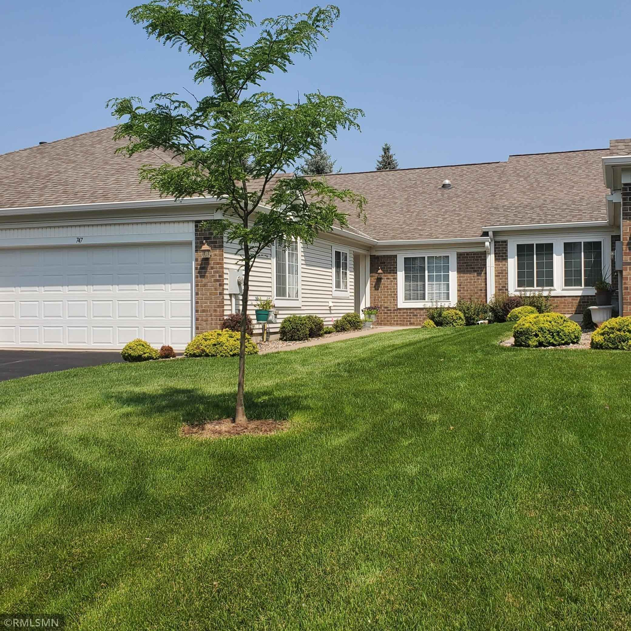 View 1 photos of this 2 bed, 2 bath, and 1,582 sqft. condo home located at 747 Lake Ridge Dr Unit 218, Woodbury, Minnesota 55129 is Active for $330,000.