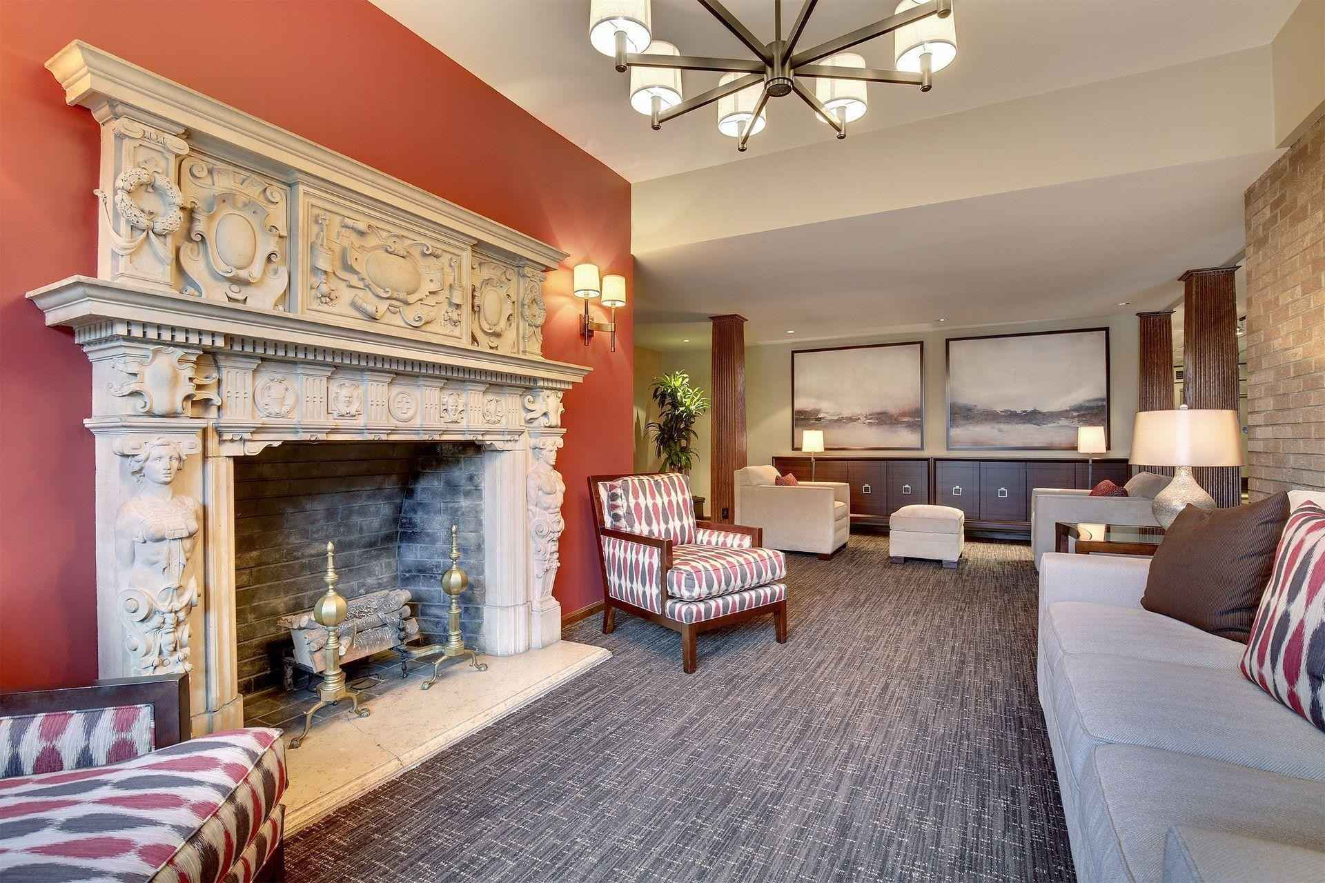 View 25 photos of this 2 bed, 2 bath, and 1,850 sqft. condo home located at 400 Groveland Ave Apt 1107, Minneapolis, Minnesota 55403 is Active for $520,000.