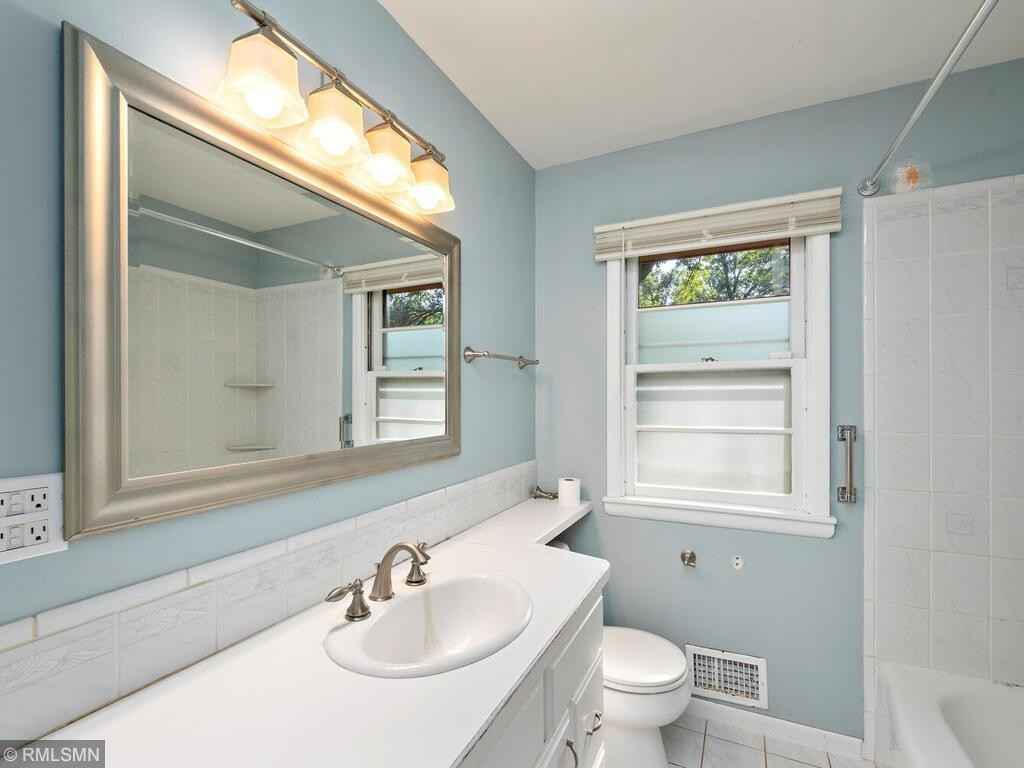 View 18 photos of this 2 bed, 2 bath, and 1,220 sqft. single_family home located at 8401 Palm St NW, Coon Rapids, Minnesota 55433 is Pending for $245,000.