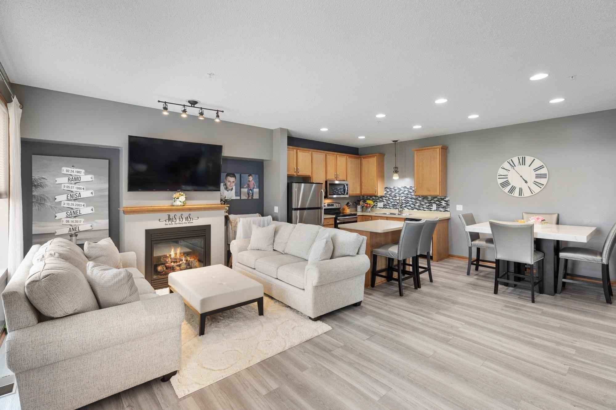 View 22 photos of this 2 bed, 3 bath, and 1,440 sqft. condo home located at 13590 Bronze Pkwy, Rosemount, Minnesota 55068 is Active for $264,900.