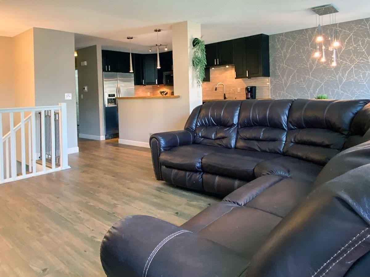 View 14 photos of this 3 bed, 2 bath, and 1,512 sqft. condo home located at 1715 W 140th St, Burnsville, Minnesota 55337 is Pending for $250,000.